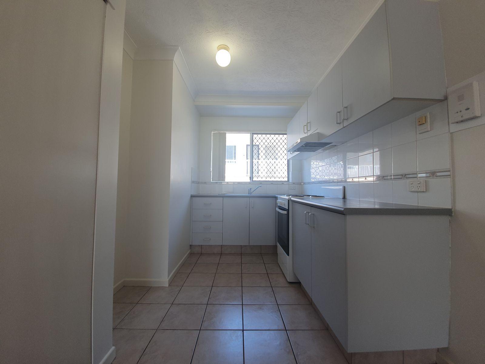 5/25 Darrambal Street, Chevron Island, QLD 4217