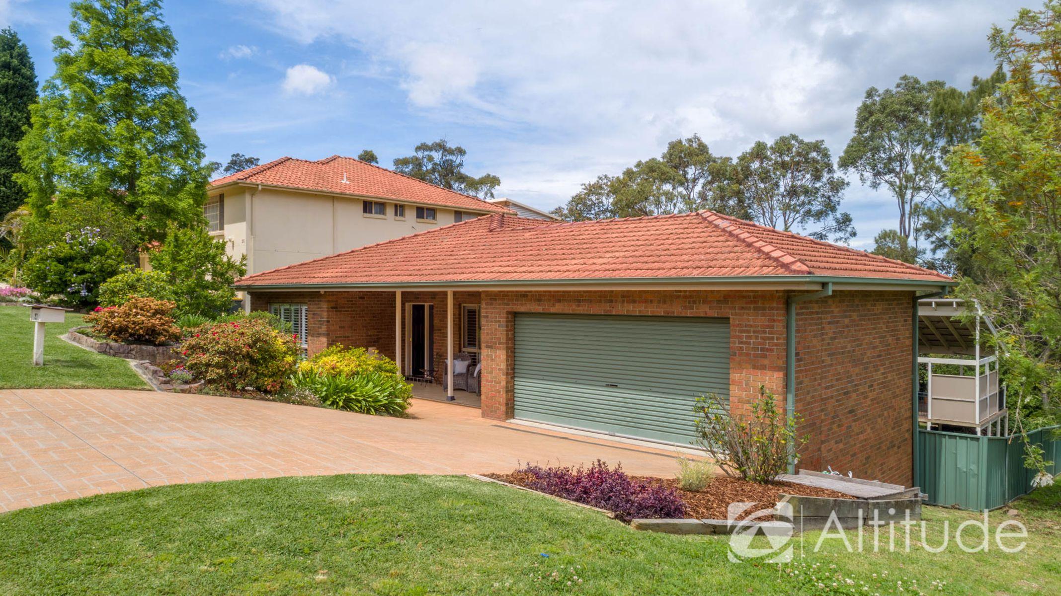 27 Woodside Dr, Eleebana NSW 2282, Australia, House for Sale