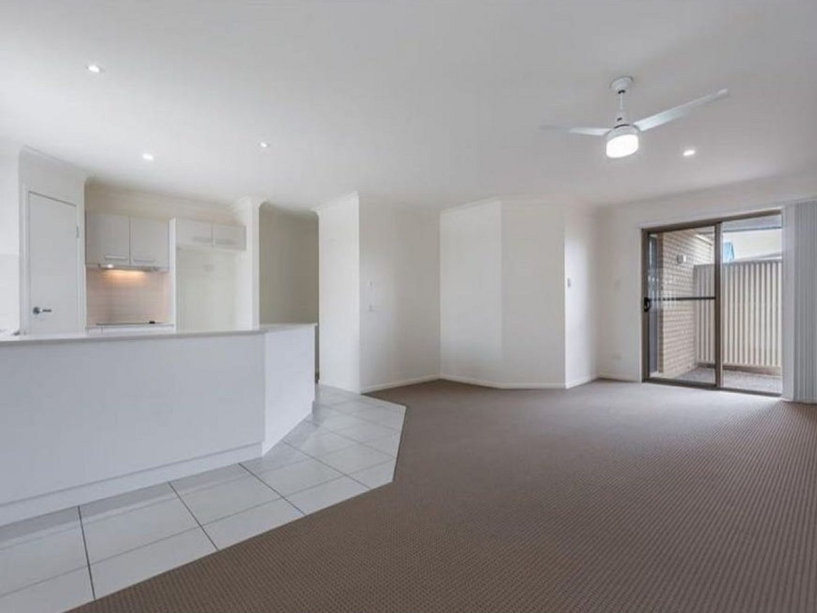 11/98-100 Main Street, Westbrook, QLD 4350