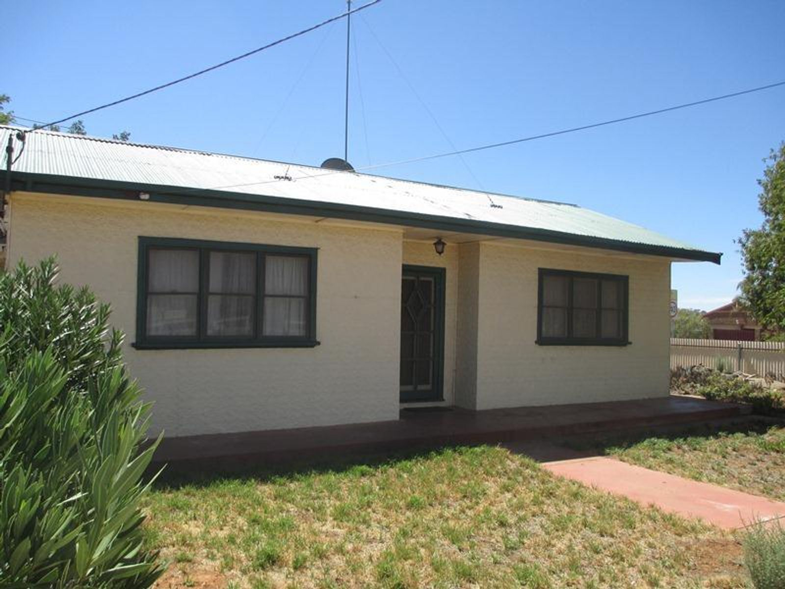 656 McGowen Street, Broken Hill, NSW 2880