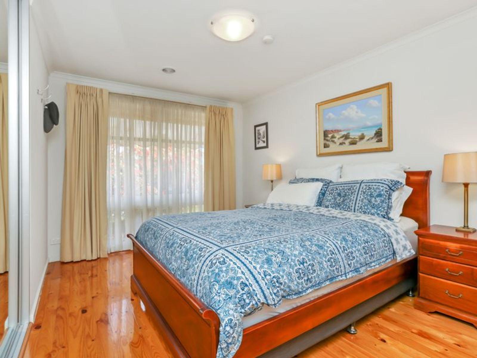 5 Alicante Avenue, Wynn Vale, SA 5127
