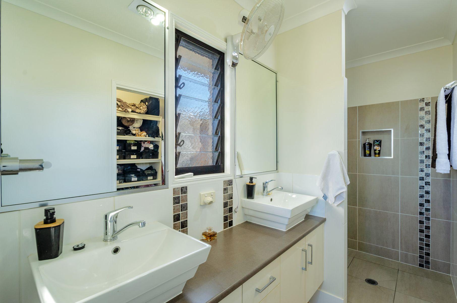 90 Gooburrum Road, Gooburrum, QLD 4670