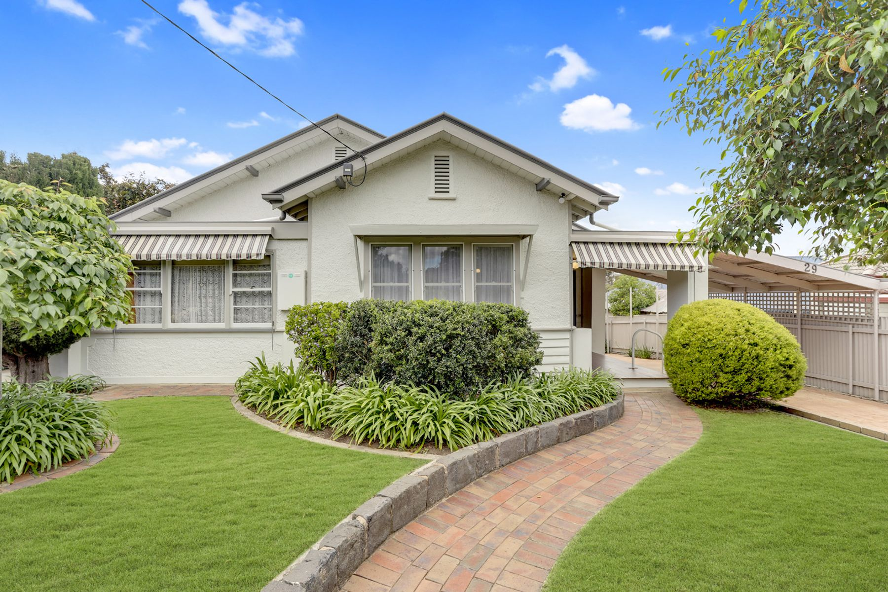 29 Reginald Street, Quarry Hill, VIC 3550