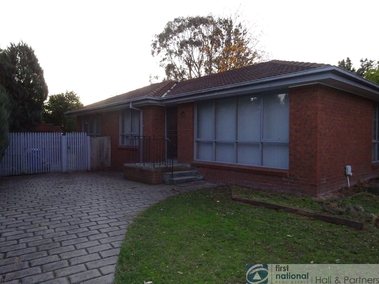 55 Fairbairn Road, Cranbourne, VIC 3977