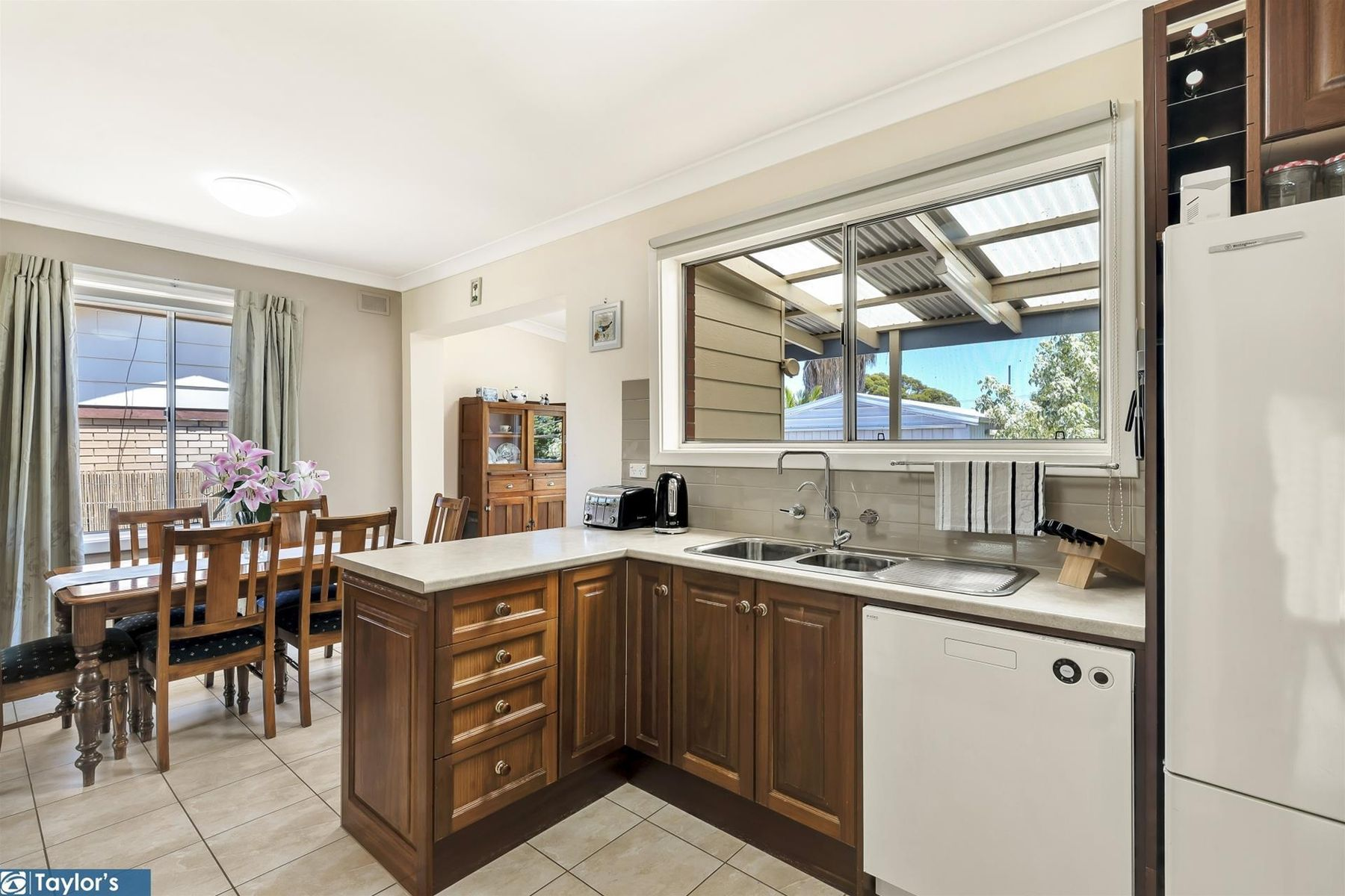 98 Warren  Road, Modbury North, SA 5092