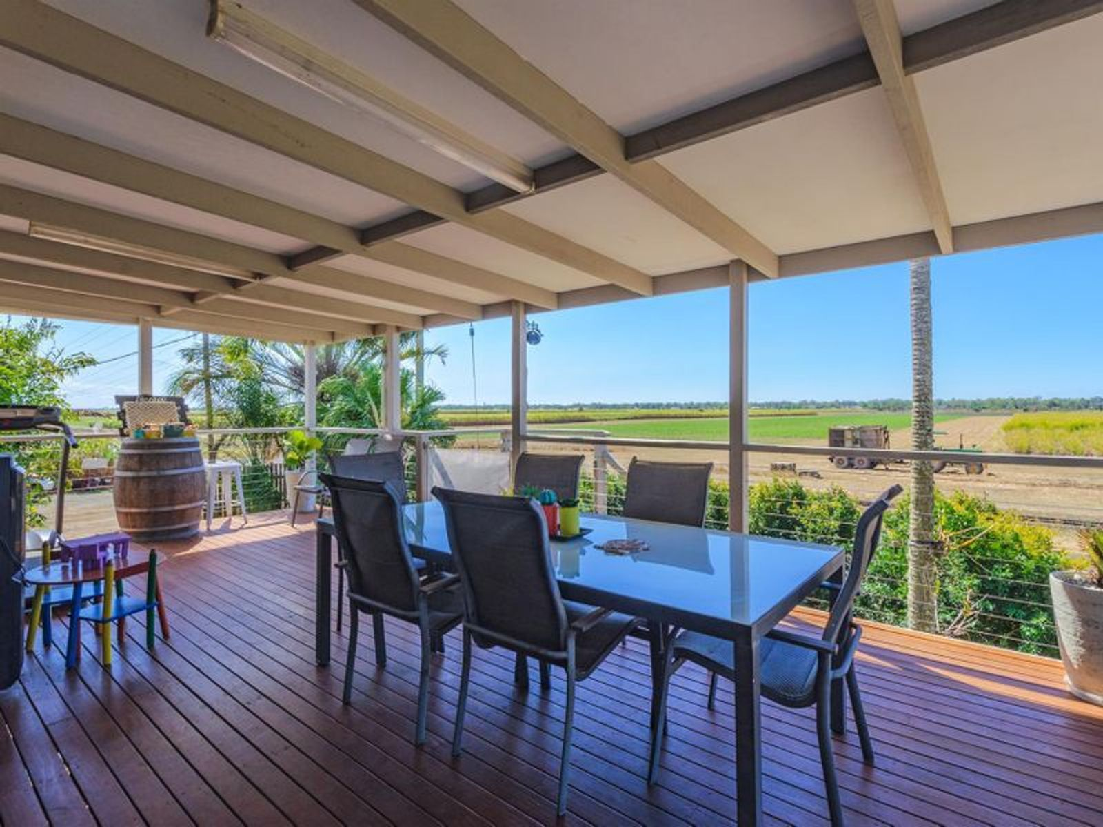 69 Lindemans Road, Moore Park Beach, QLD 4670