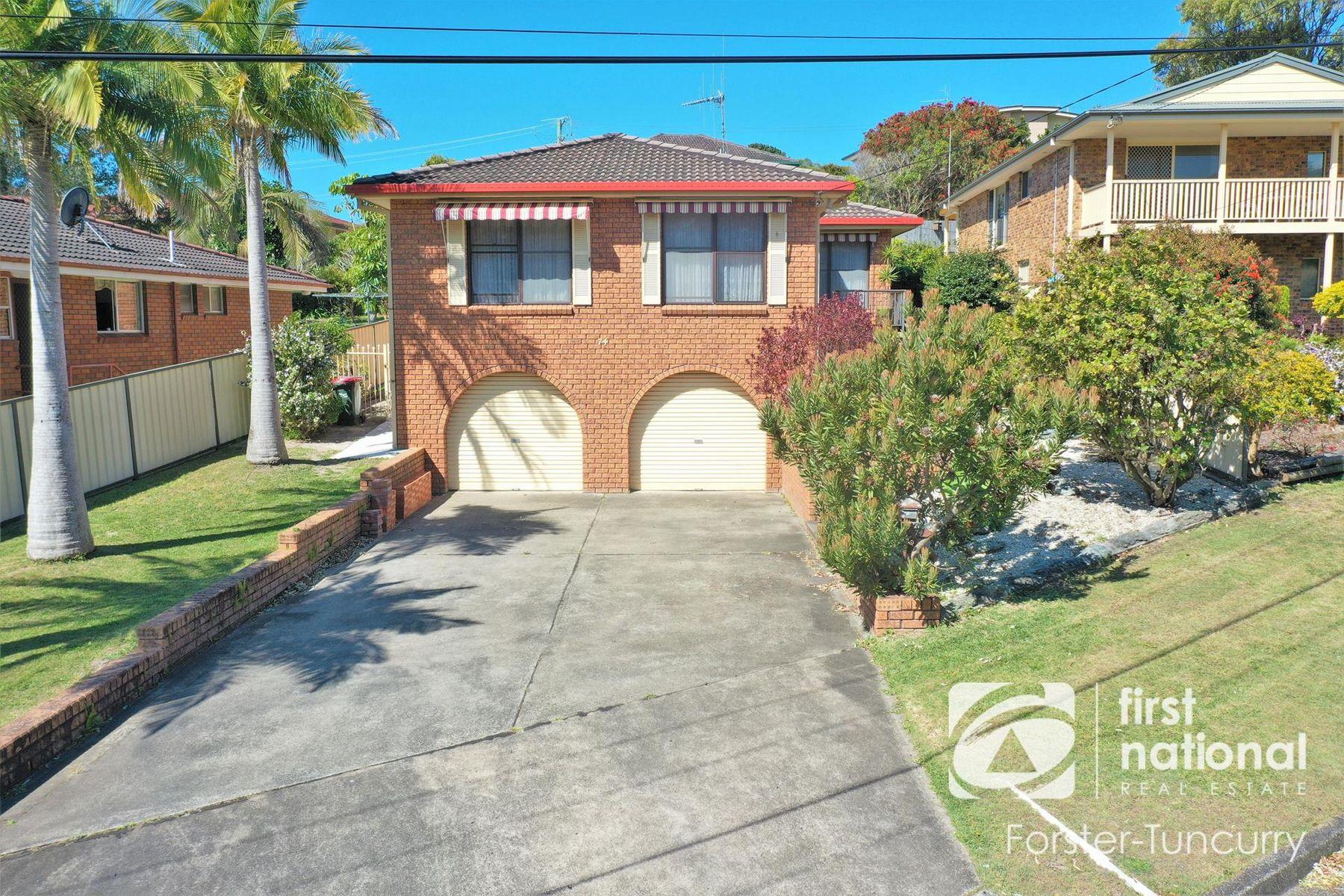 74 Daphne Street, Forster, NSW 2428