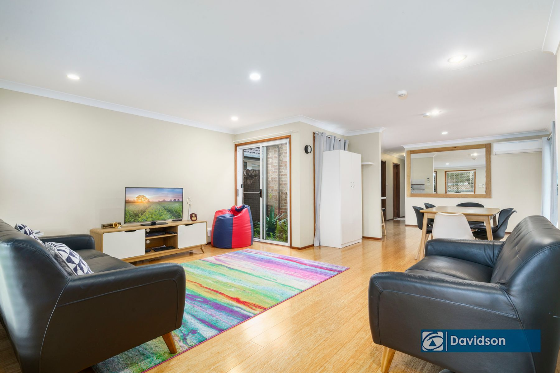 15 Booree Ct, Wattle Grove, NSW 2173