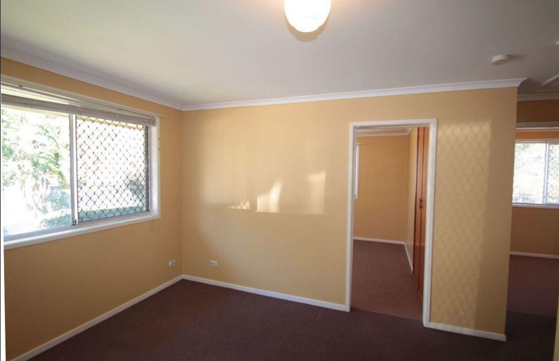 1/8 Tomkys Street, Rockville, QLD 4350
