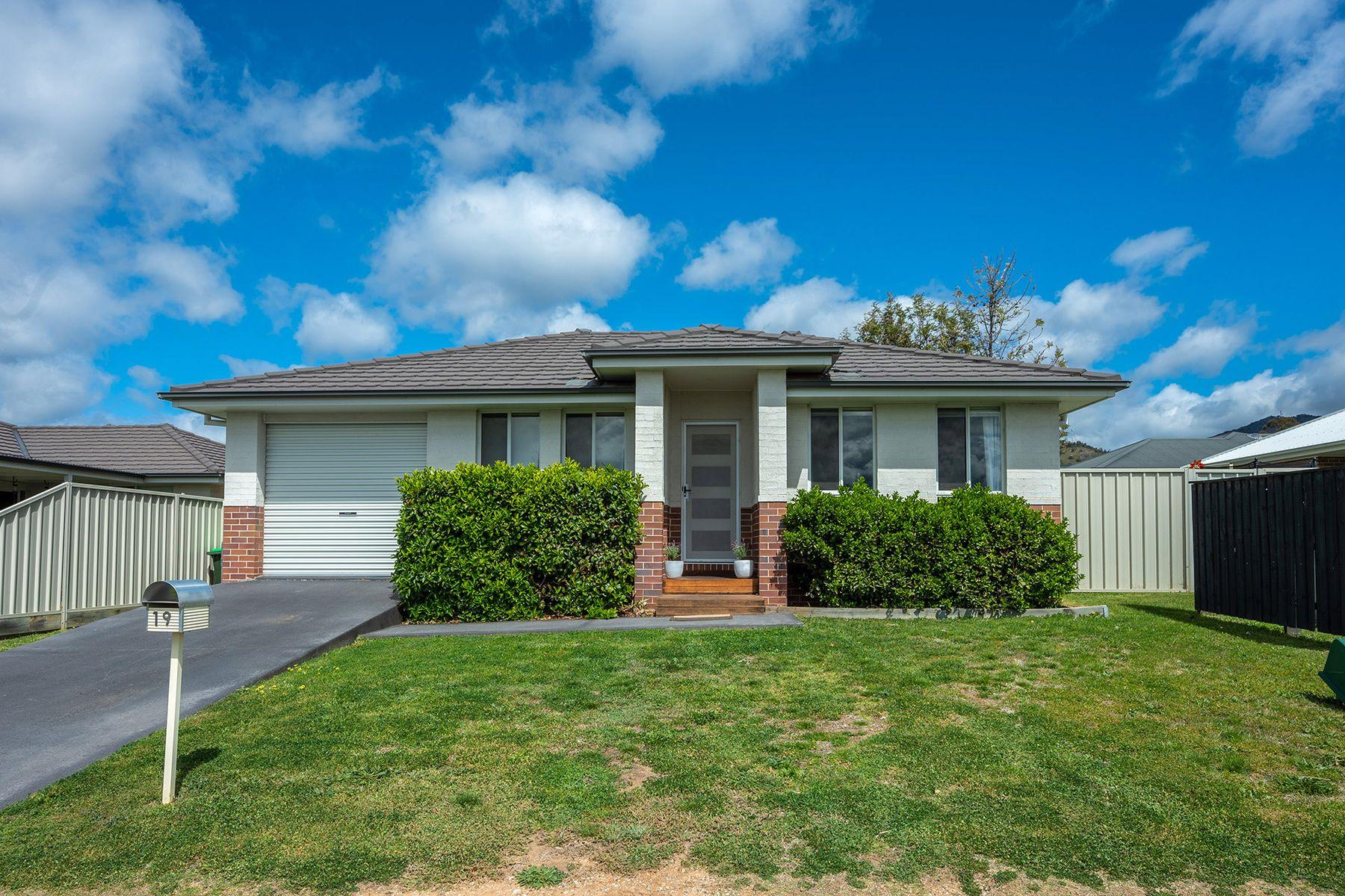 19 Bellevue Road, Mudgee, NSW 2850