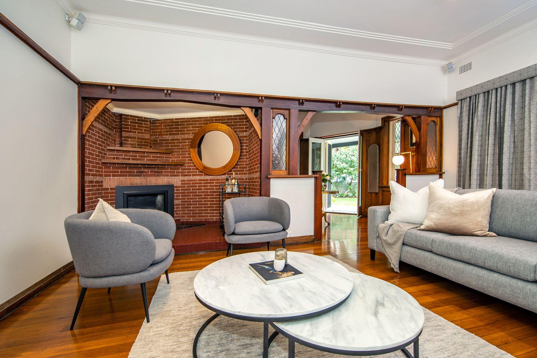43 Gordon Avenue, Hamilton East, NSW 2303