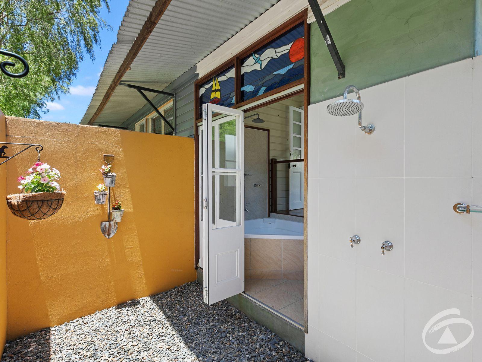 219 Harvey Road, Redlynch, QLD 4870