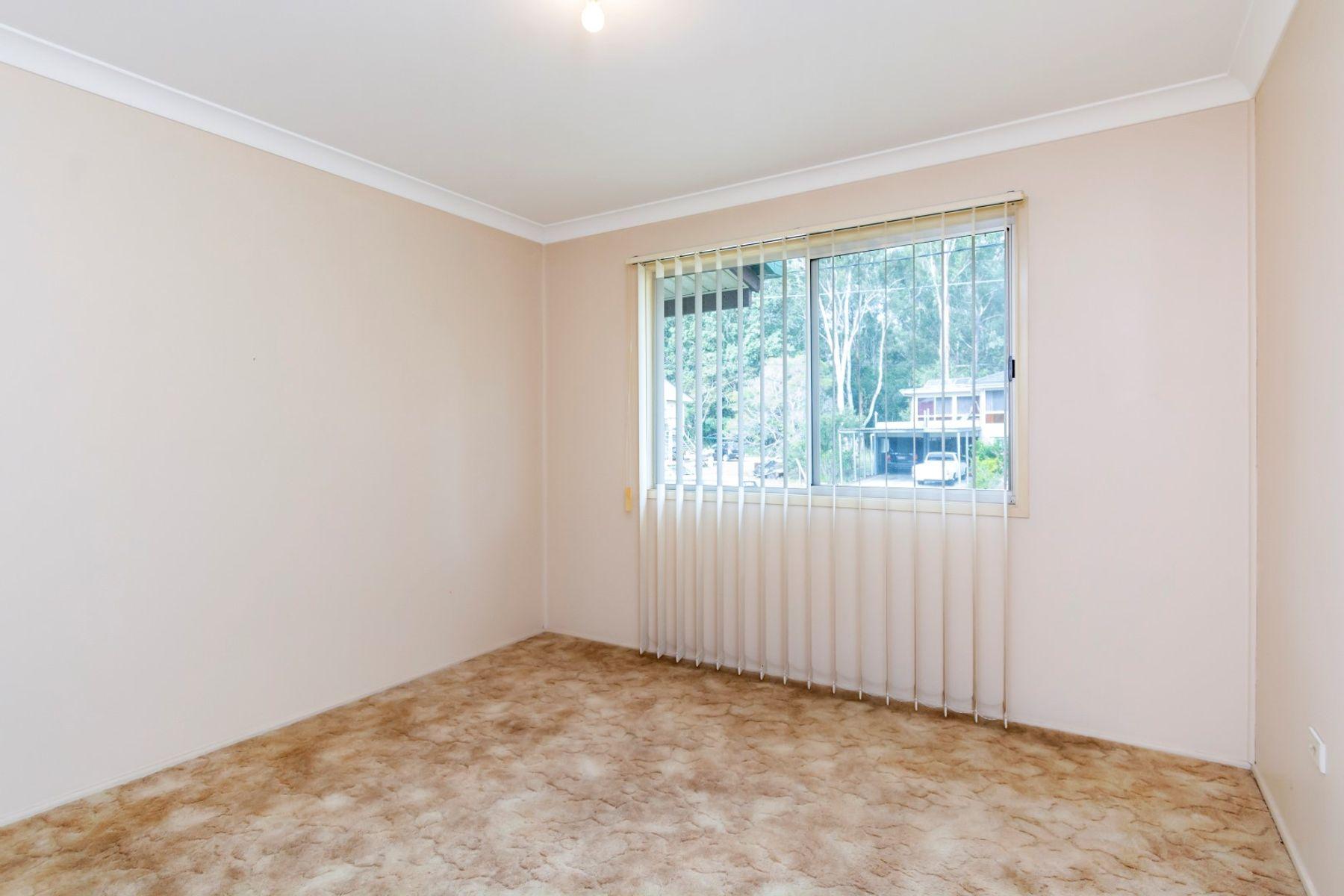 18 Tibbits Street, Bundamba, QLD 4304
