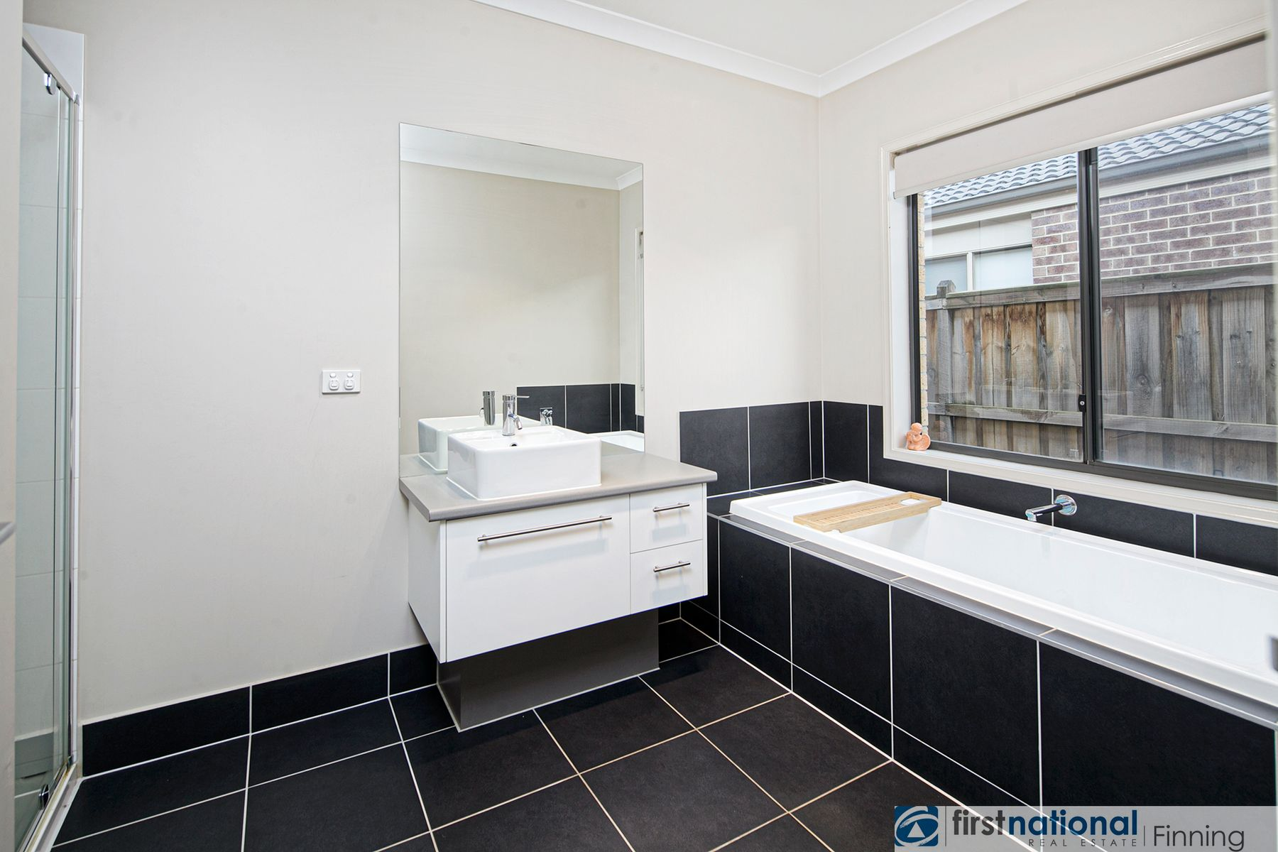 4 Campaspe Street, Clyde North, VIC 3978