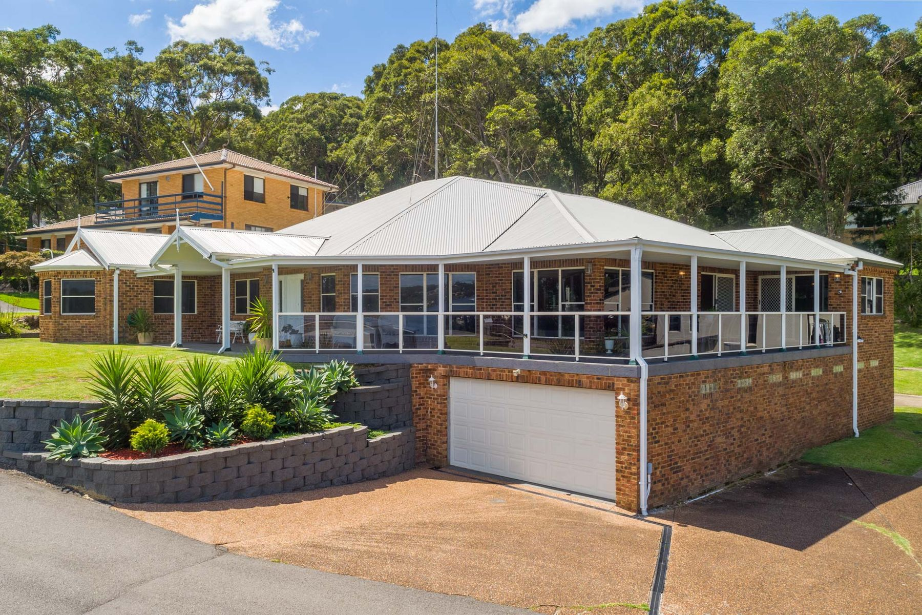 102 Coal Point Road, Coal Point, NSW 2283