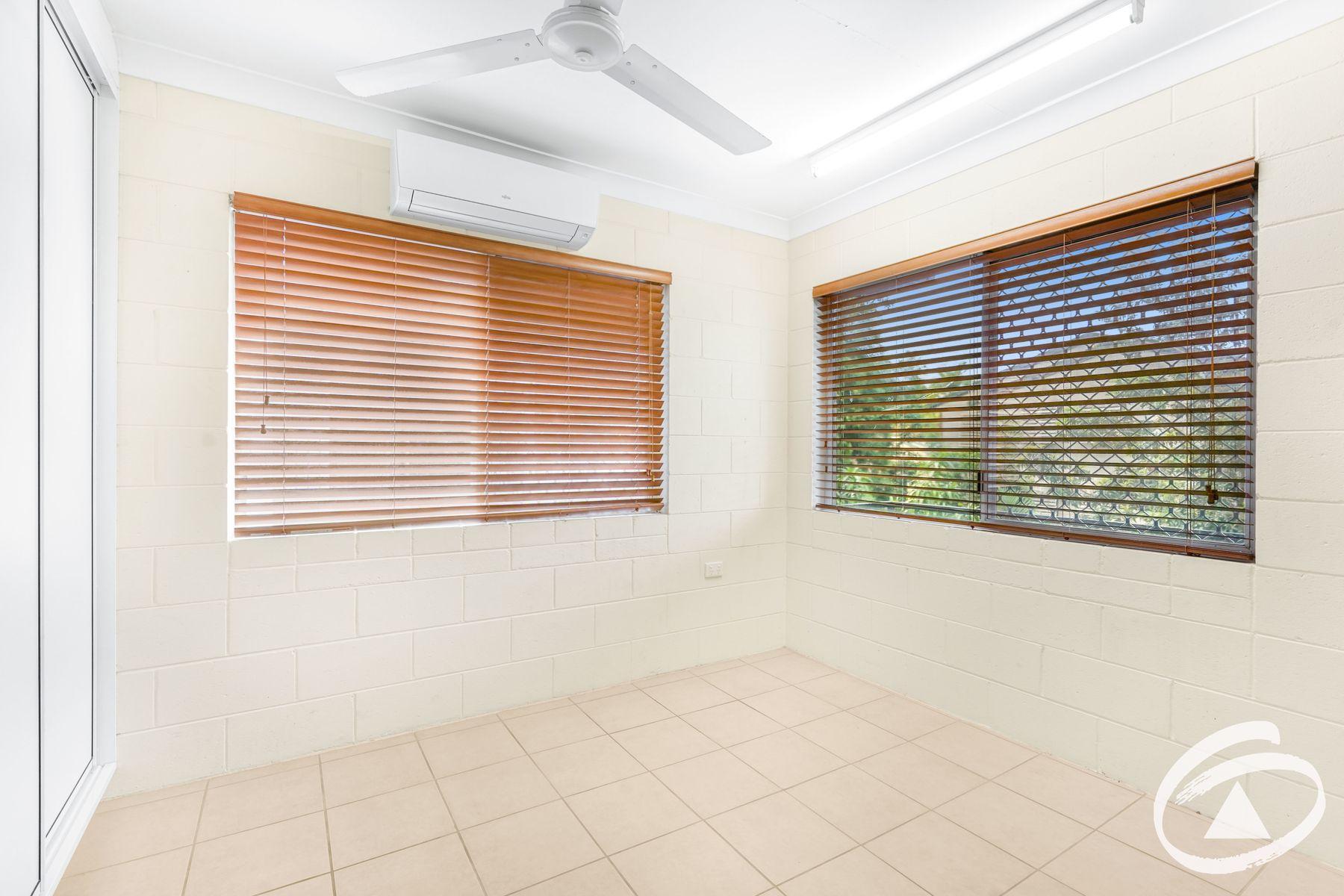 8/120 Greenslopes Street, Edge Hill, QLD 4870