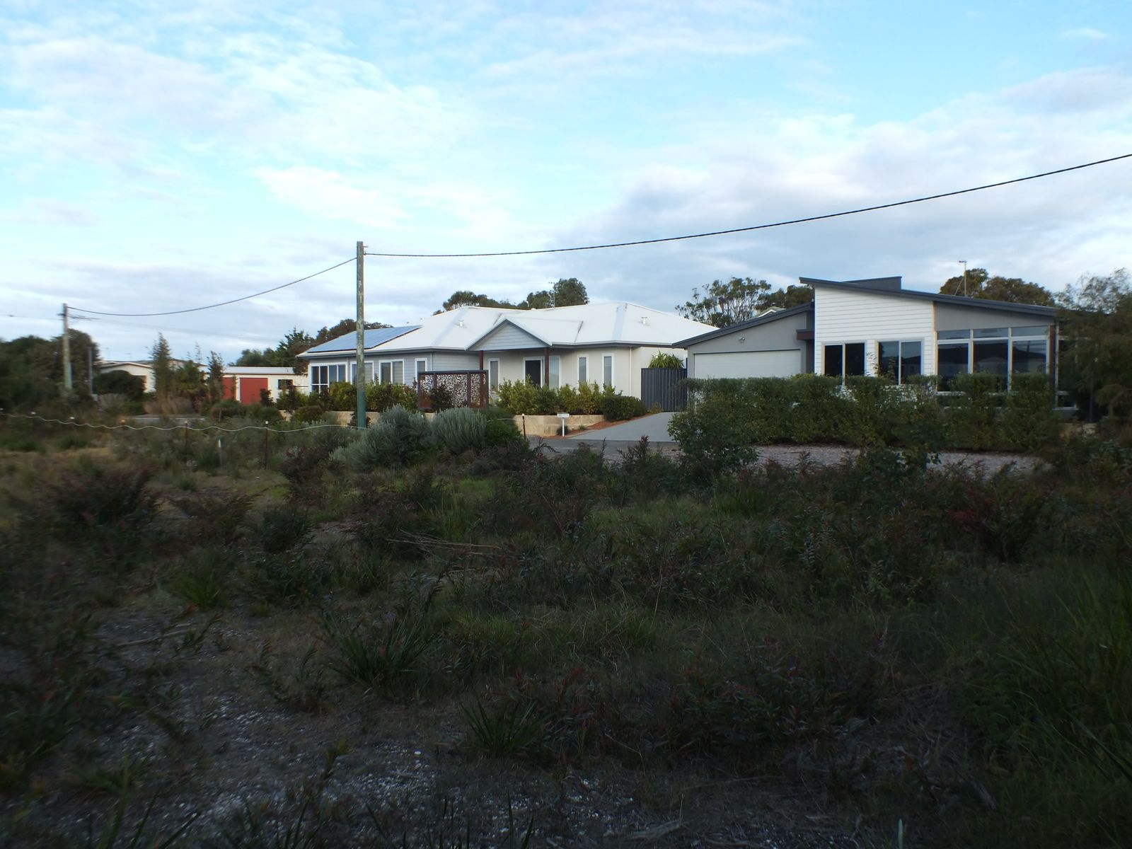 19 Marine Terrace, Little Grove, WA 6330