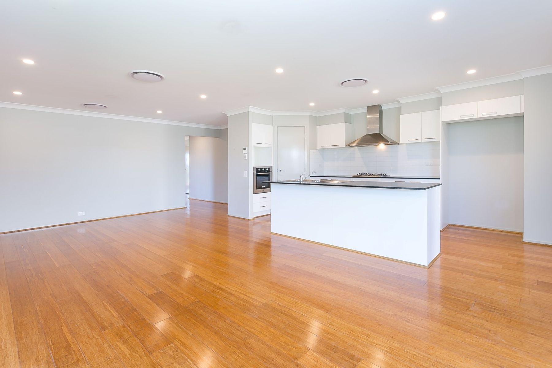 1 Pleasant Street, South Ripley, QLD 4306