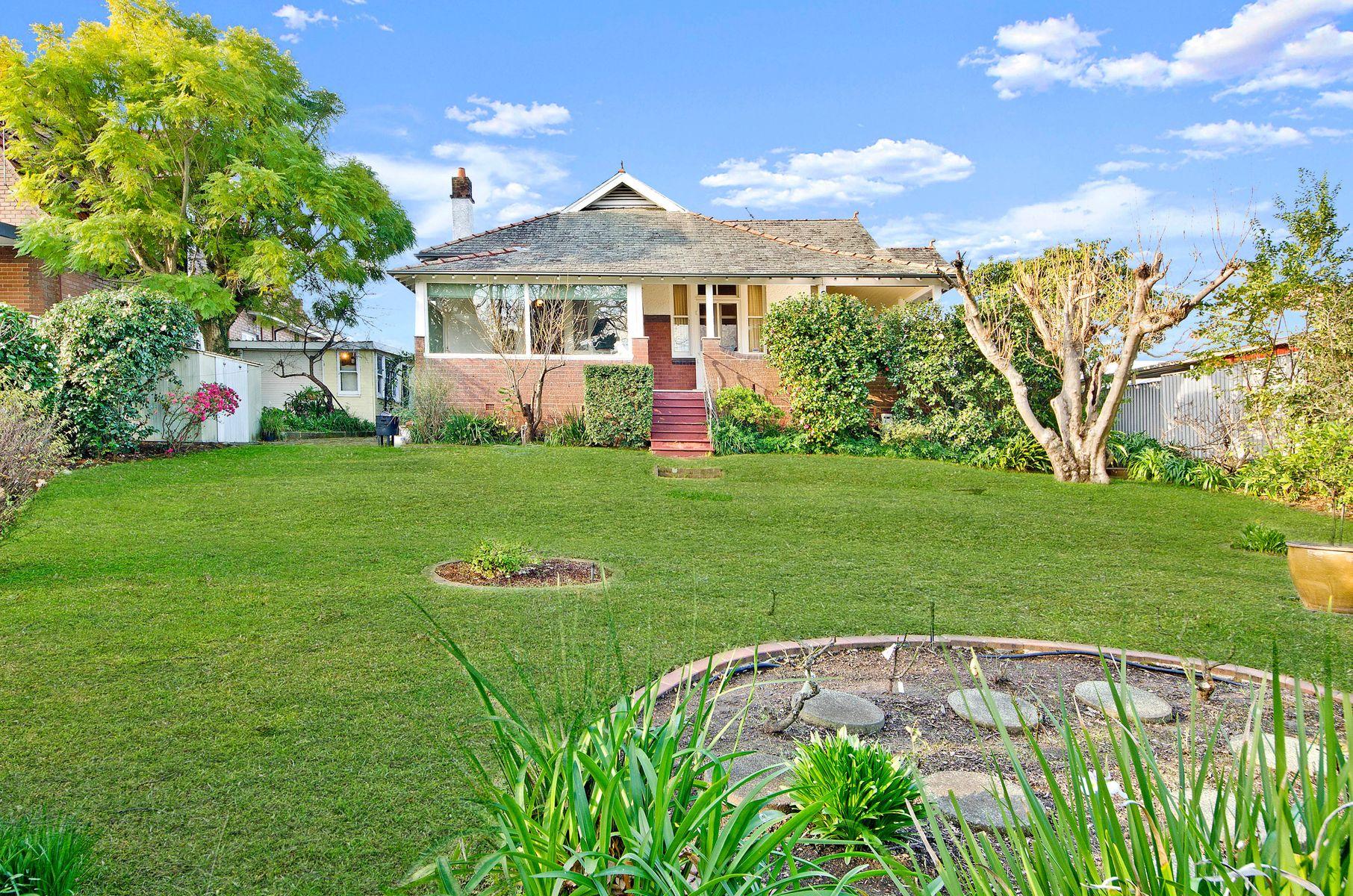454 Blaxland Rd, Denistone, NSW 2114