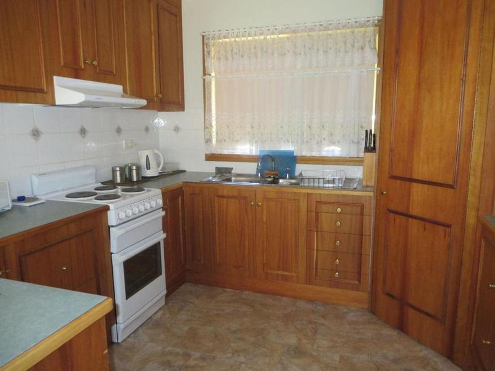 8 Vineleaf Street, Mildura, VIC 3500