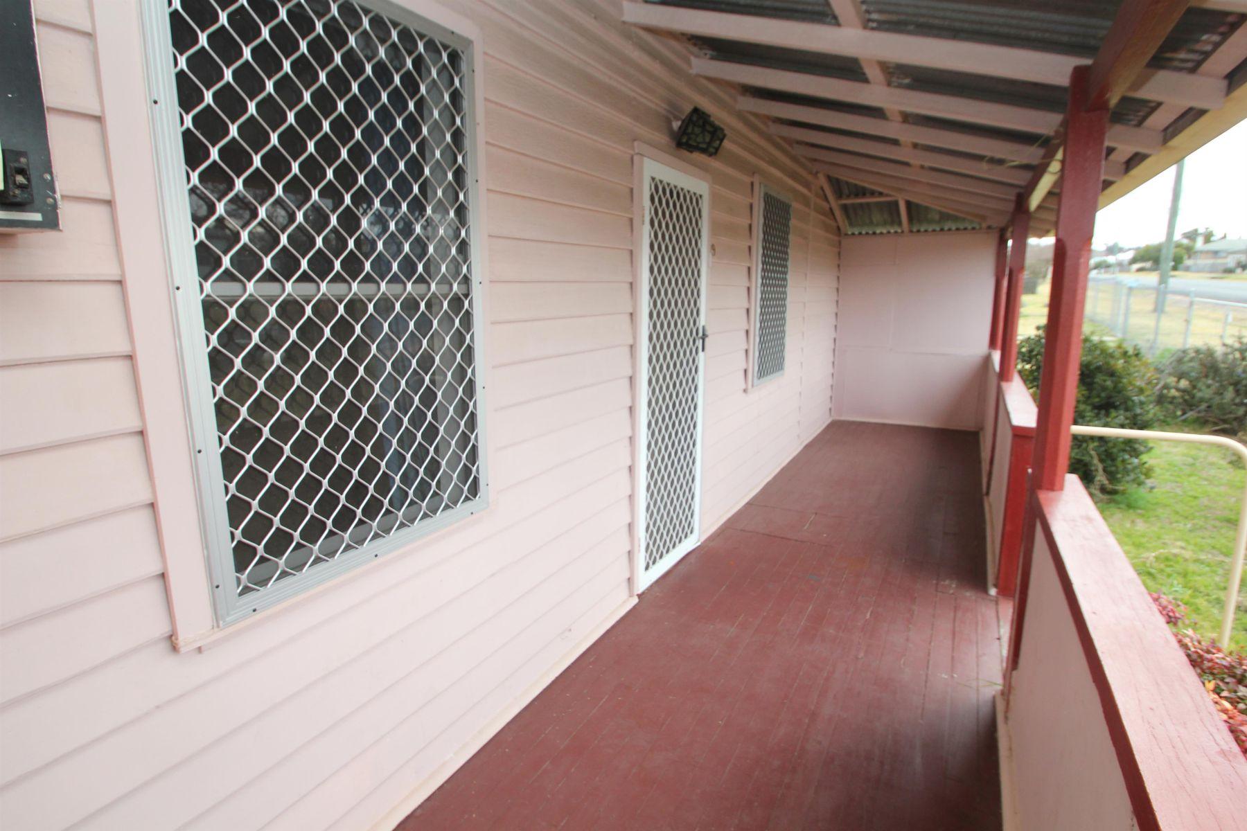 29 Railway Street, Tenterfield, NSW 2372