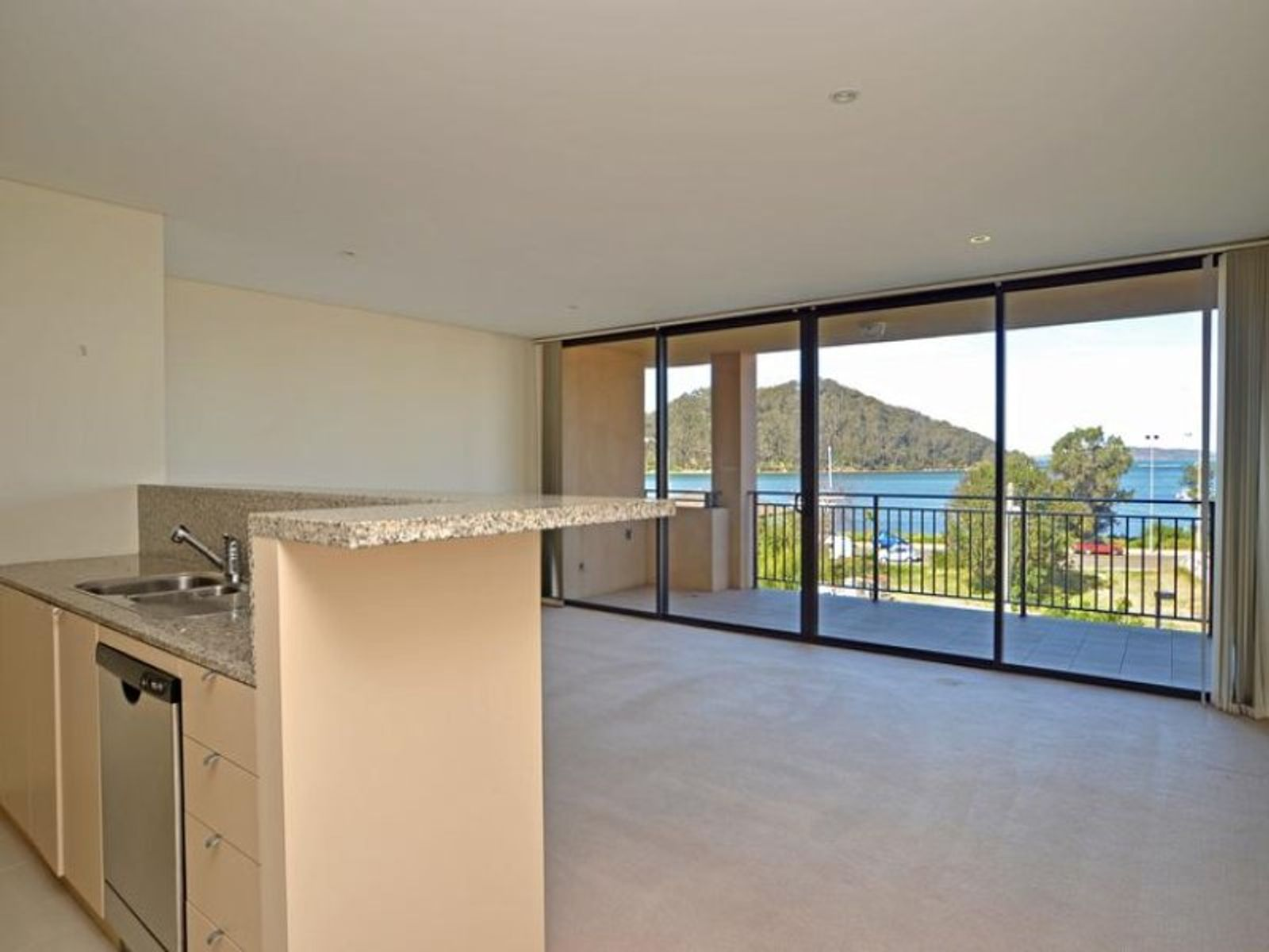 9/384 Ocean View Road, Ettalong Beach, NSW 2257
