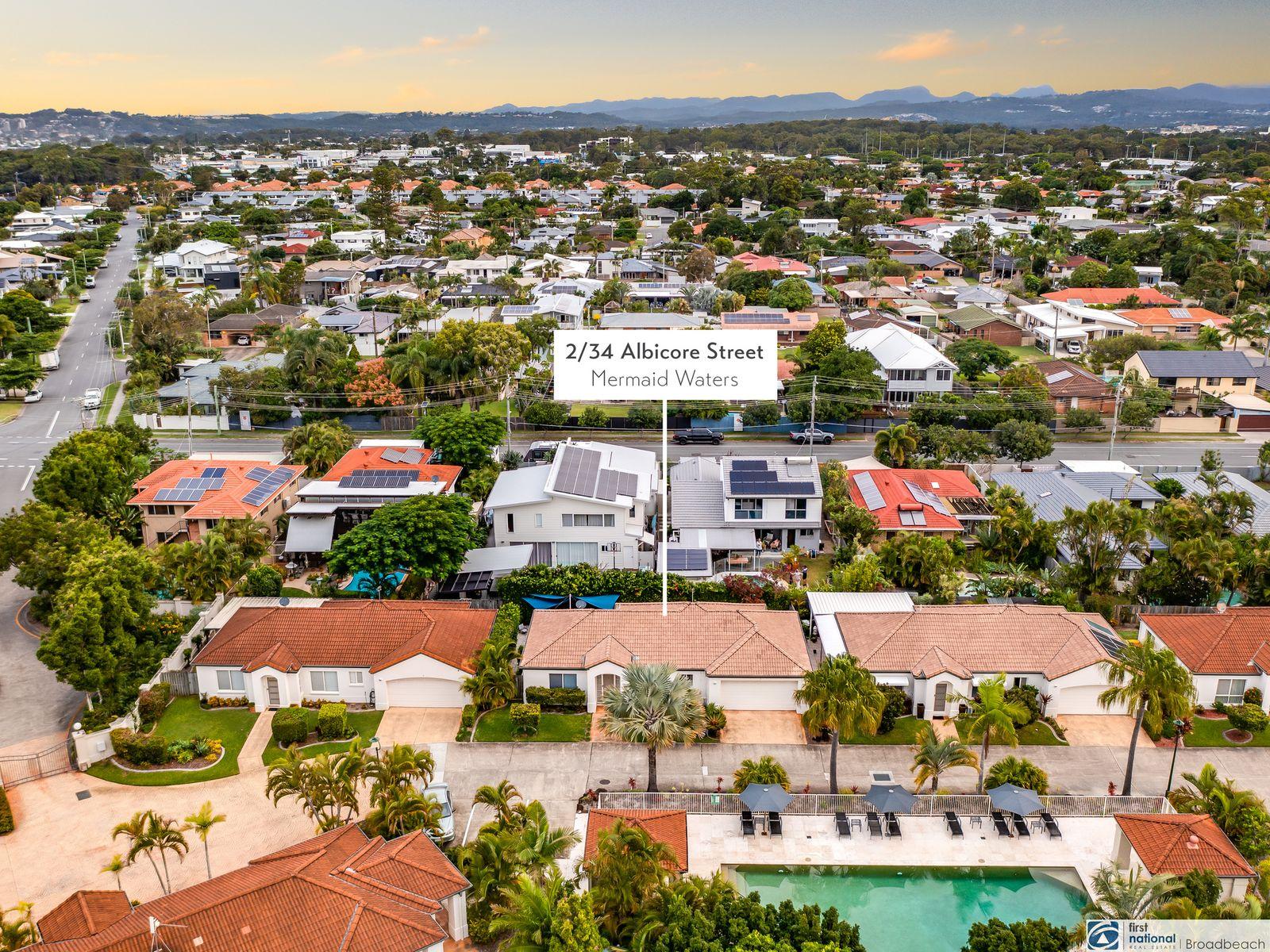 2/34 Albicore Street, Mermaid Waters, QLD 4218