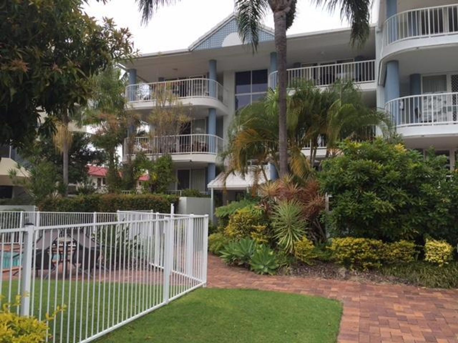 10/34-36 Chelsea Avenue, Broadbeach, QLD 4218