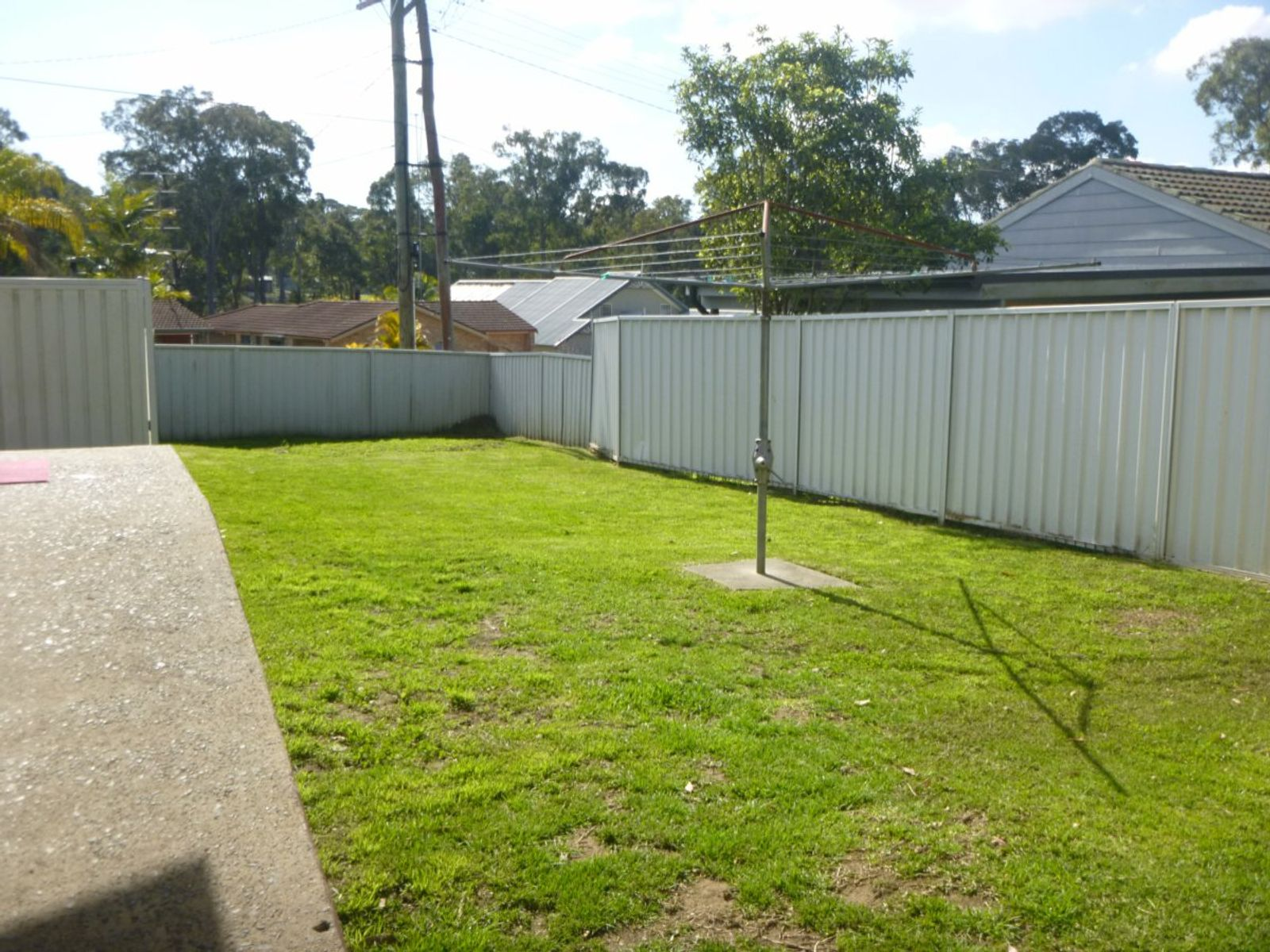 24 Una Avenue, Charmhaven, NSW 2263