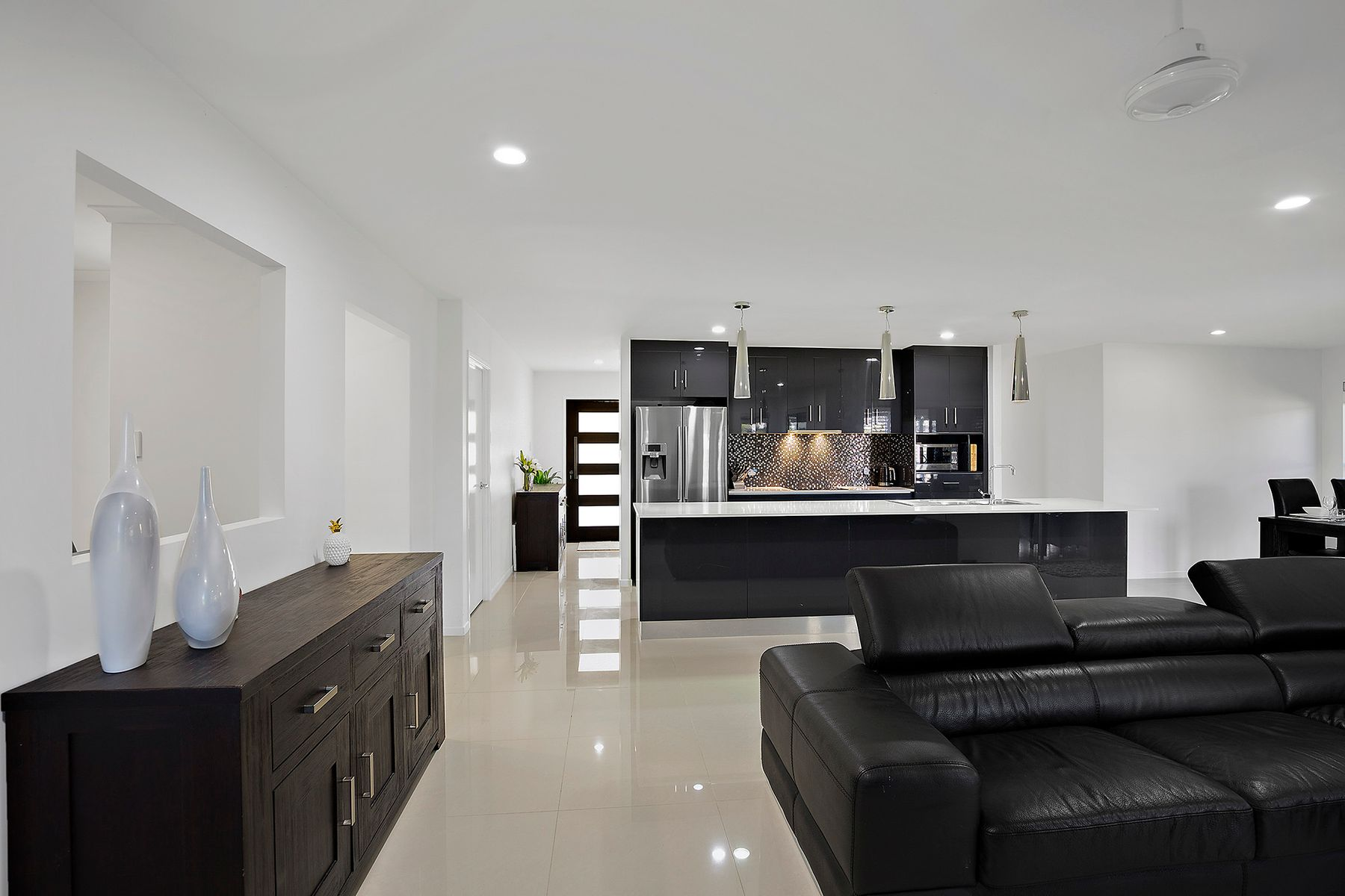 11 Amelia Drive, Mirani, QLD 4754