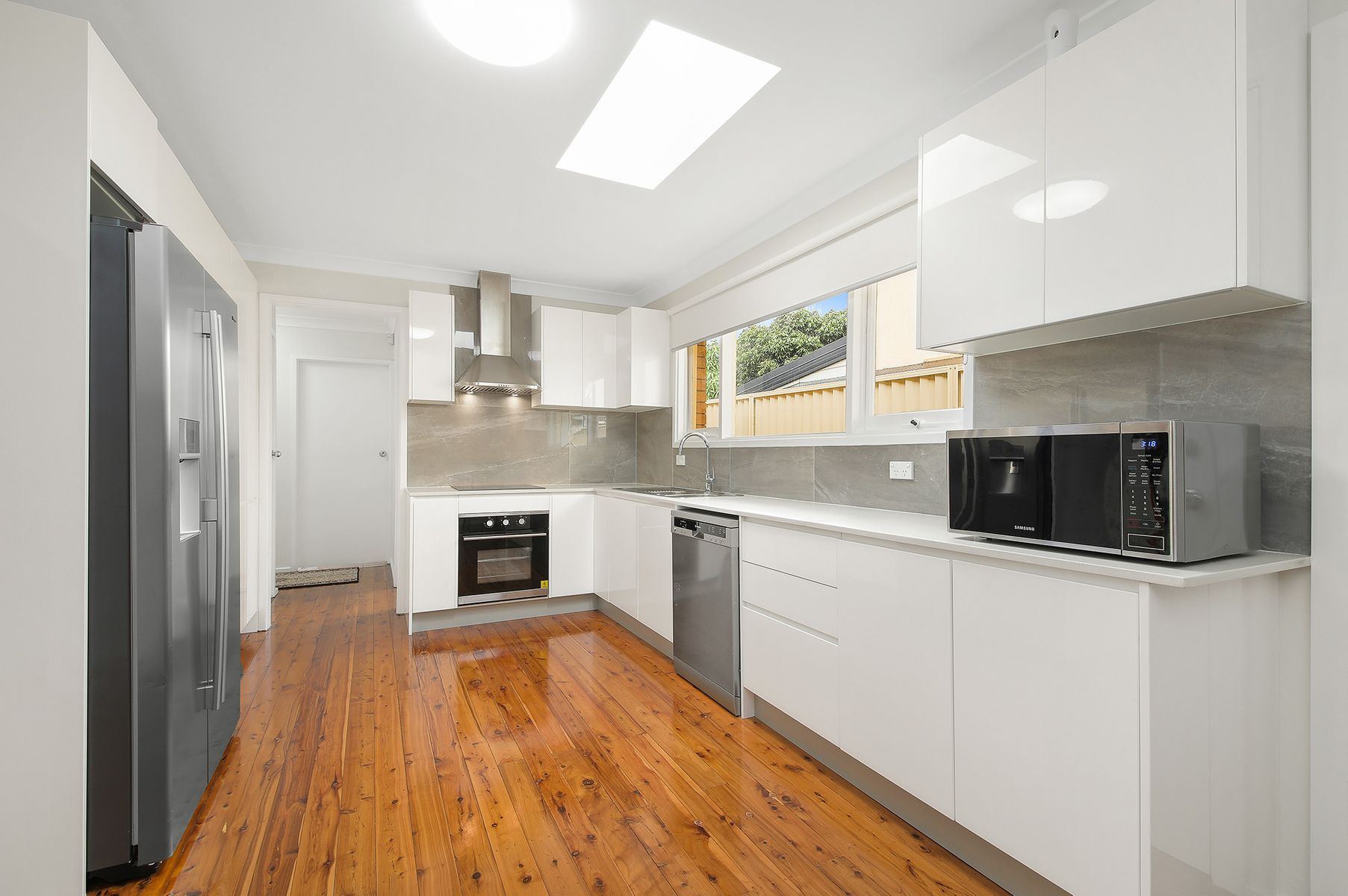 37 Burns Road, Picnic Point, NSW 2213