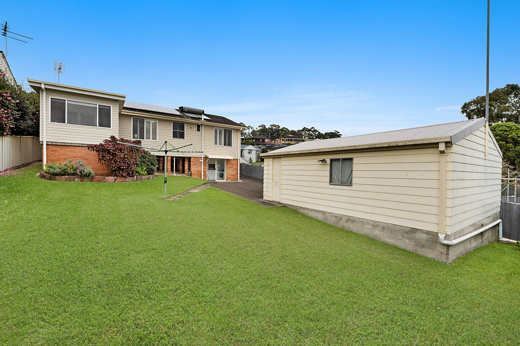8 Ashford Parade, Merewether Heights, NSW 2291