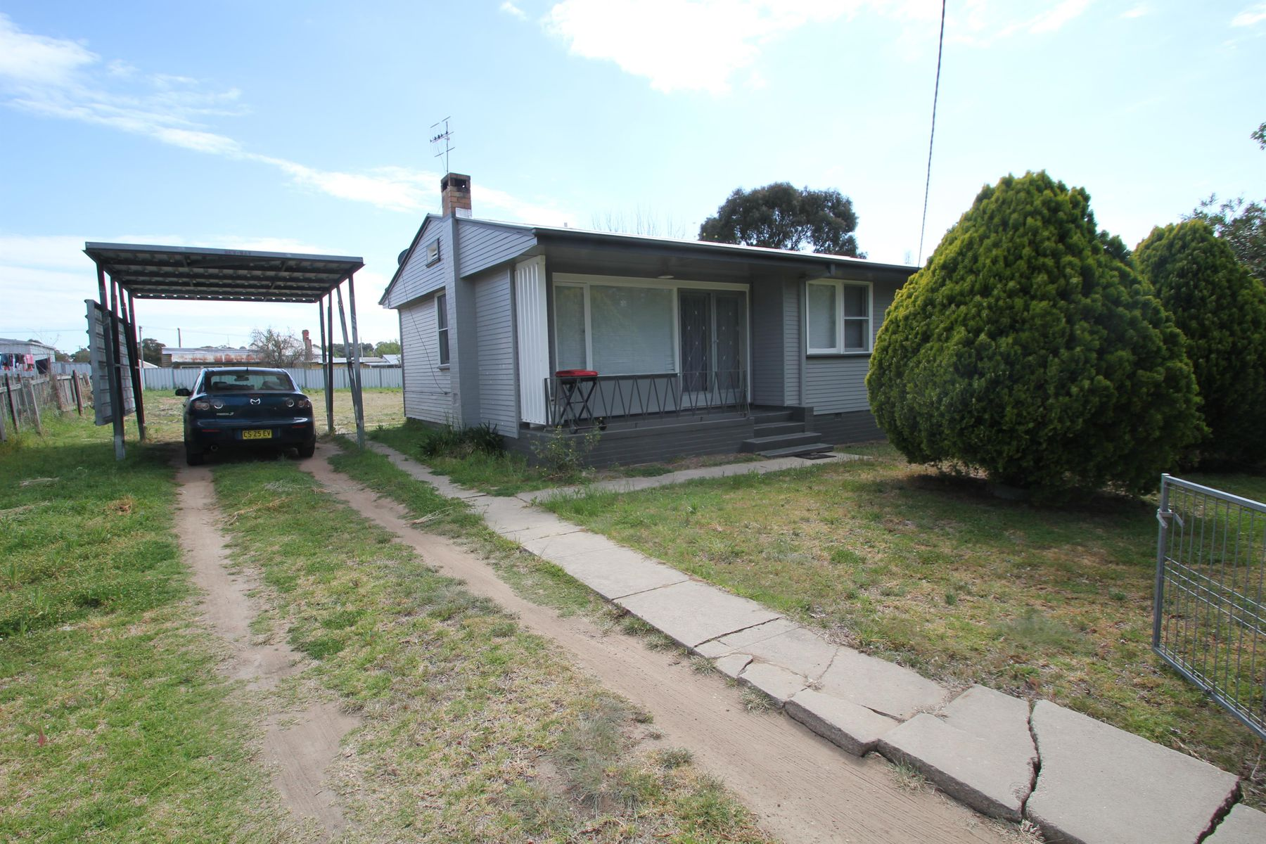 6 Margaret Street, Tenterfield, NSW 2372