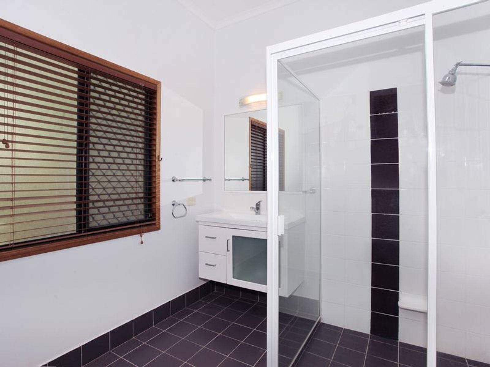 70 Lachlan Avenue, Nambour, QLD 4560