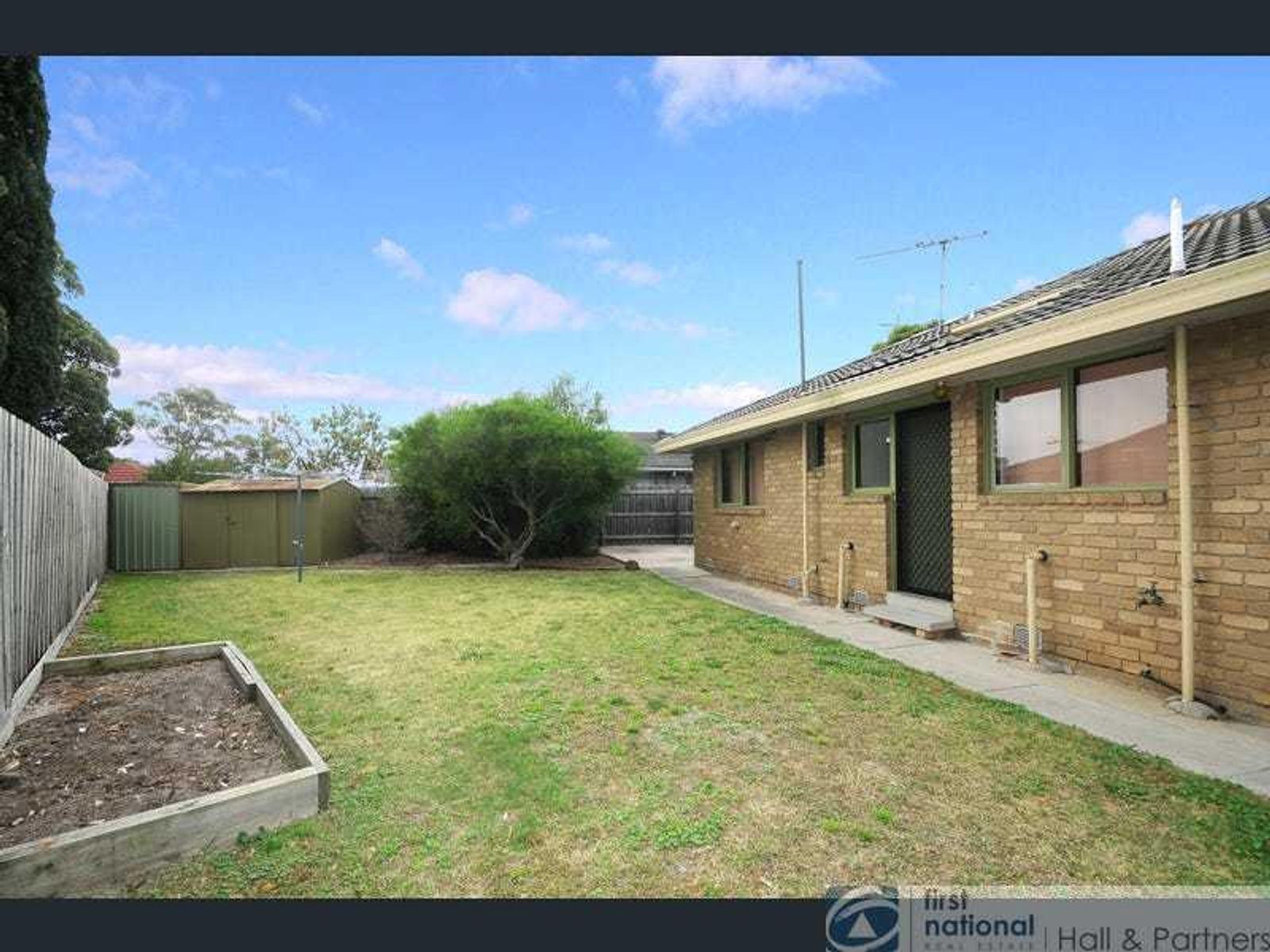 1 Garden Court, Keysborough, VIC 3173