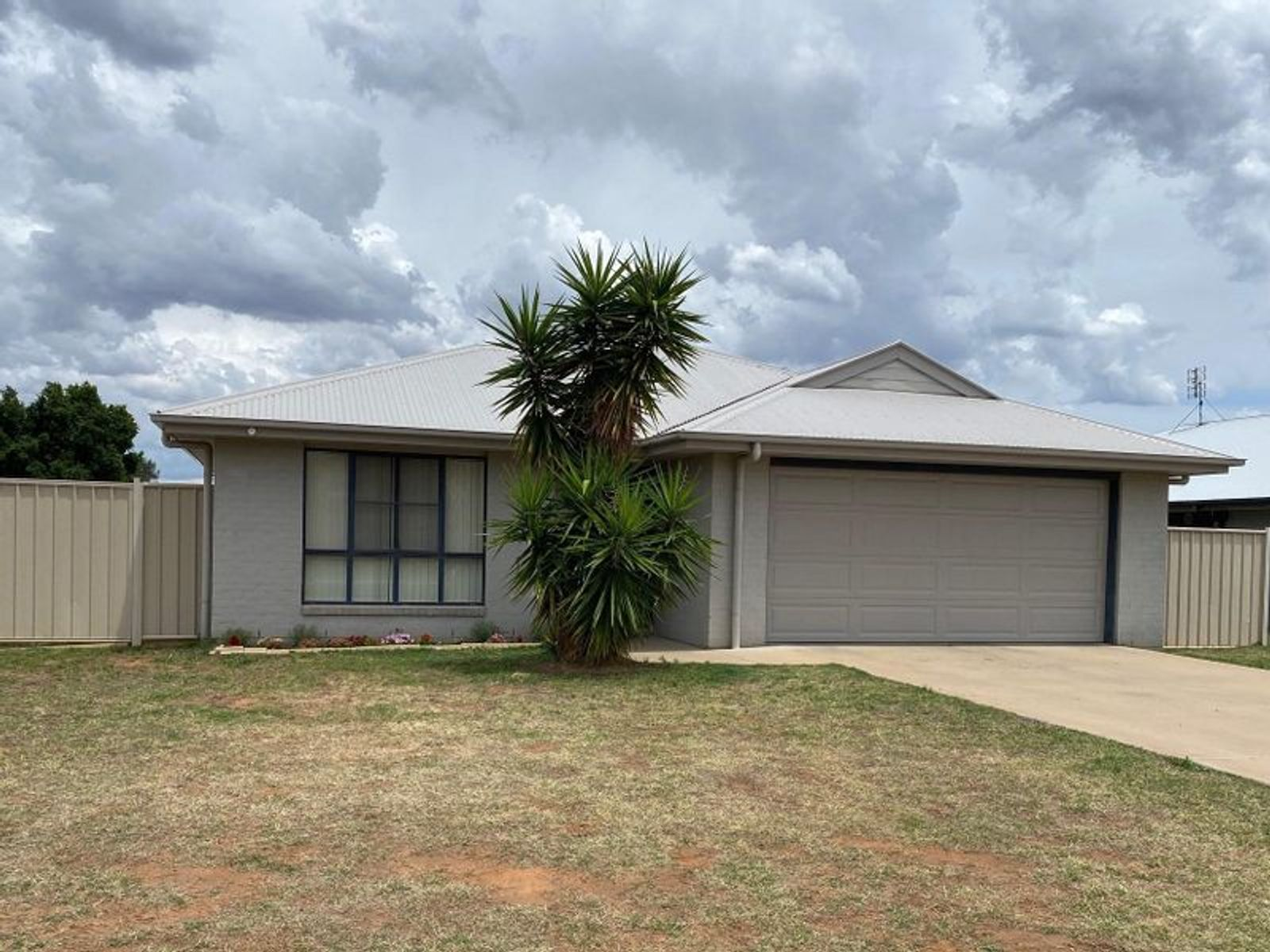 6 Cole Street, Chinchilla, QLD 4413