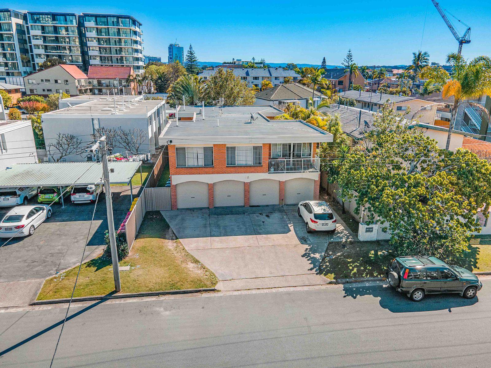 2/22 Darrambal Street, Chevron Island, QLD 4217