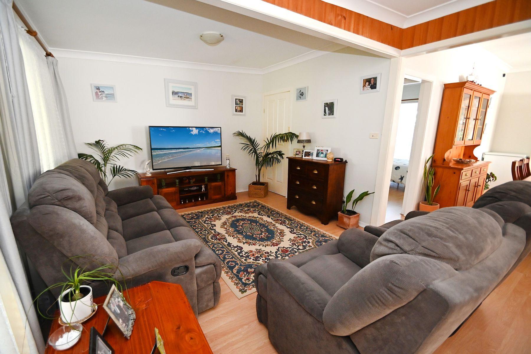 104 Prince Edward Avenue, Culburra Beach, NSW 2540