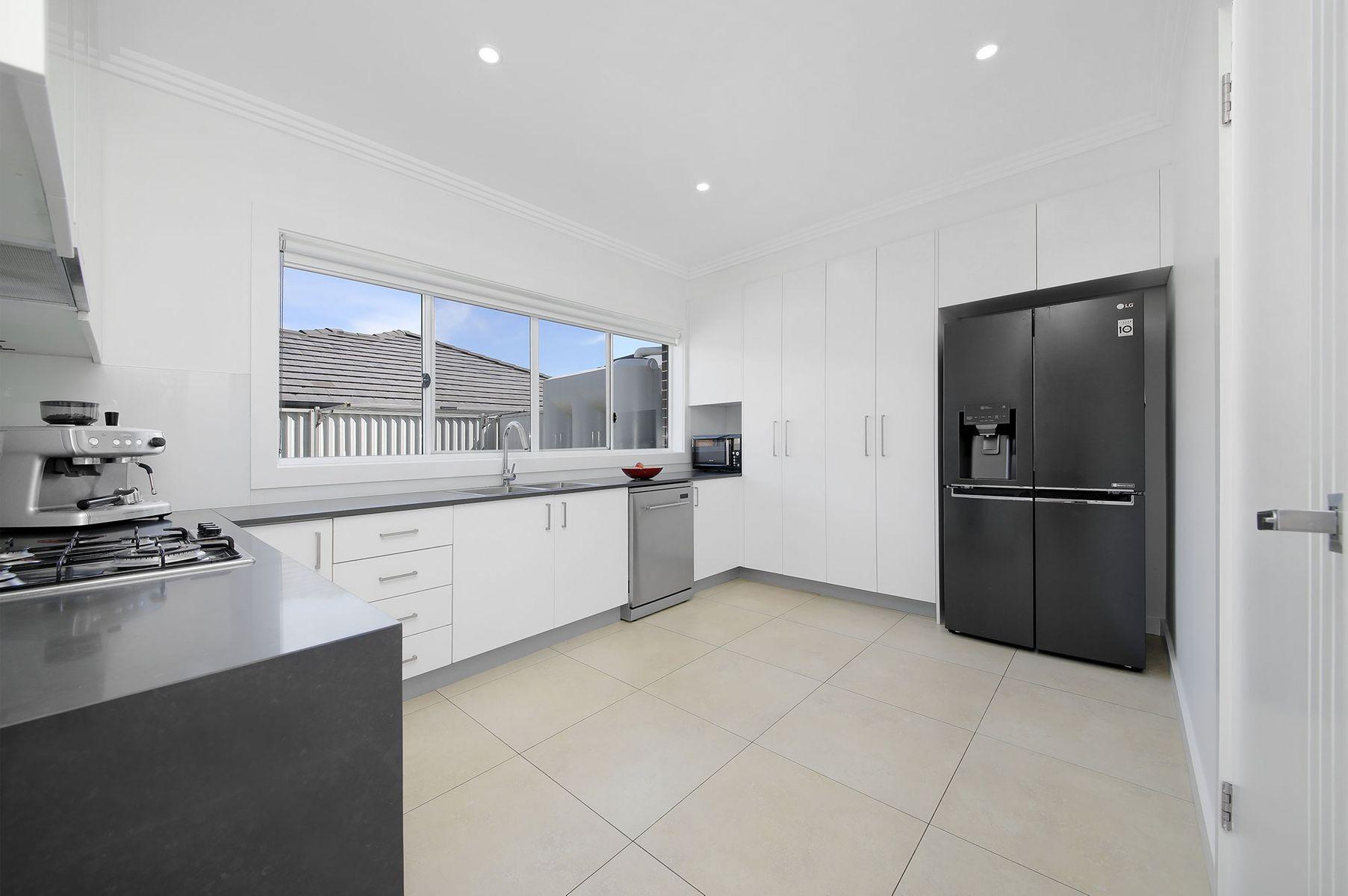 1/180 Lambeth Street, Picnic Point, NSW 2213