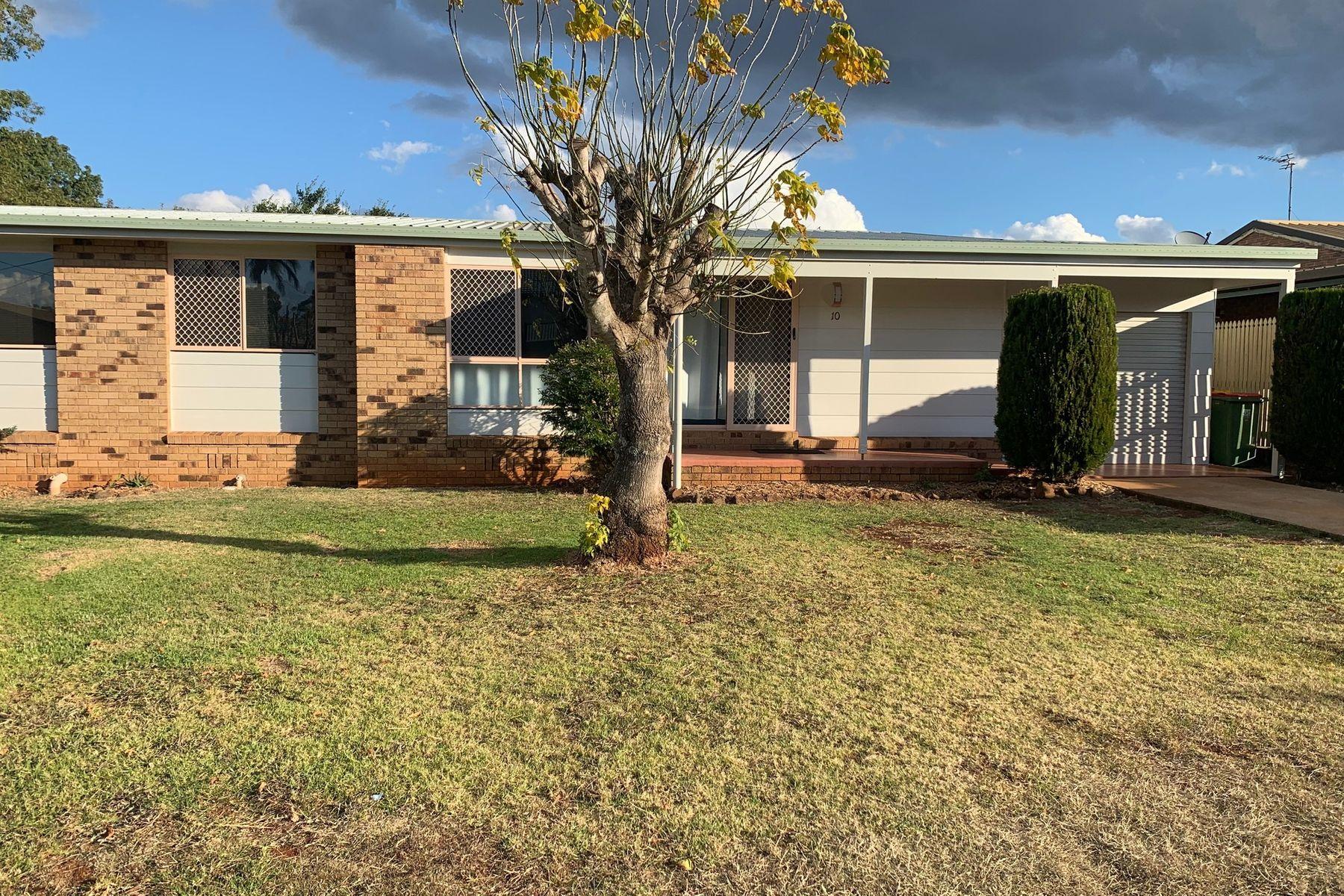 10 Edzill Street, Wilsonton Heights, QLD 4350