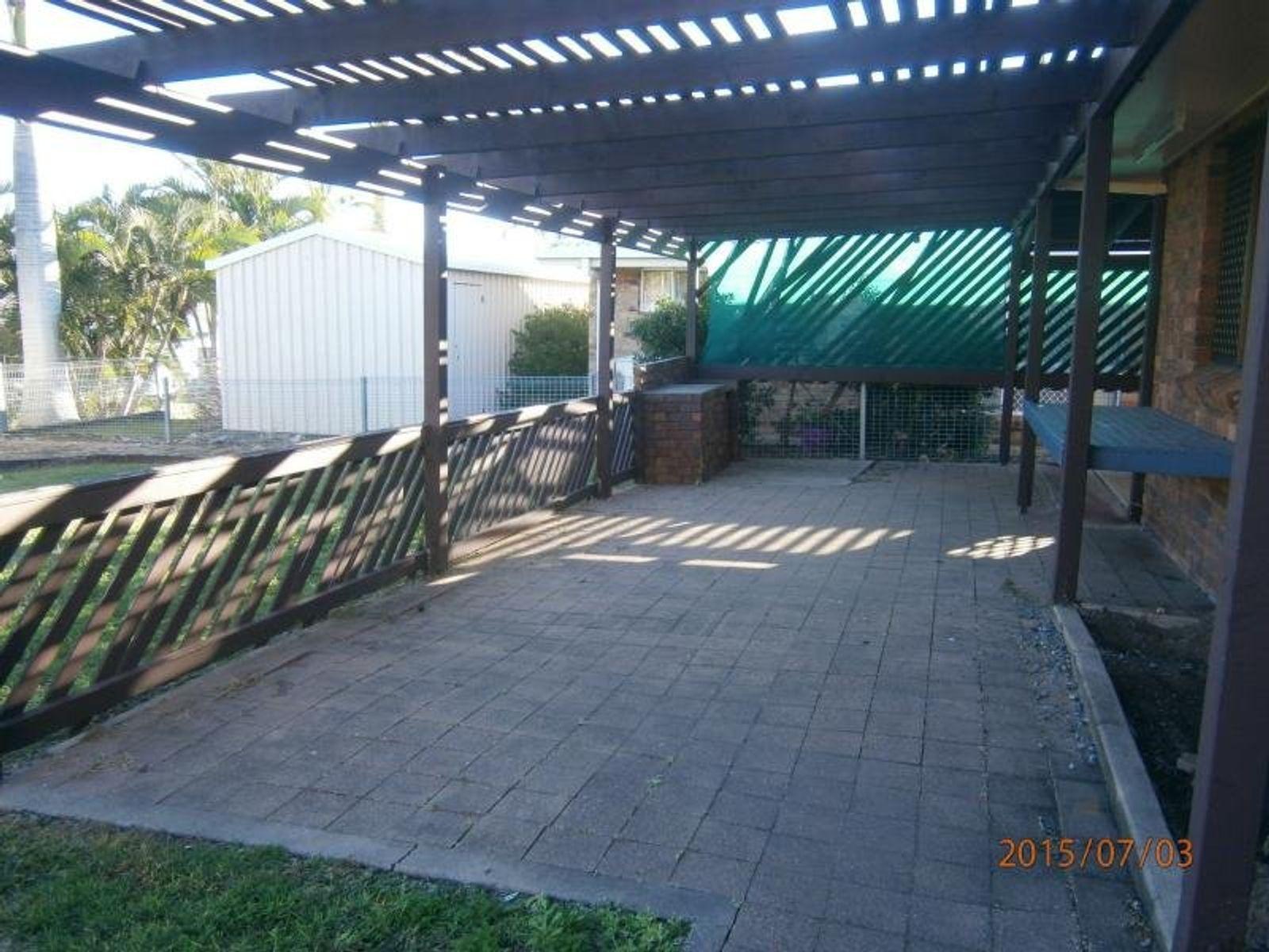 11 Hinton Street, Koongal, QLD 4701