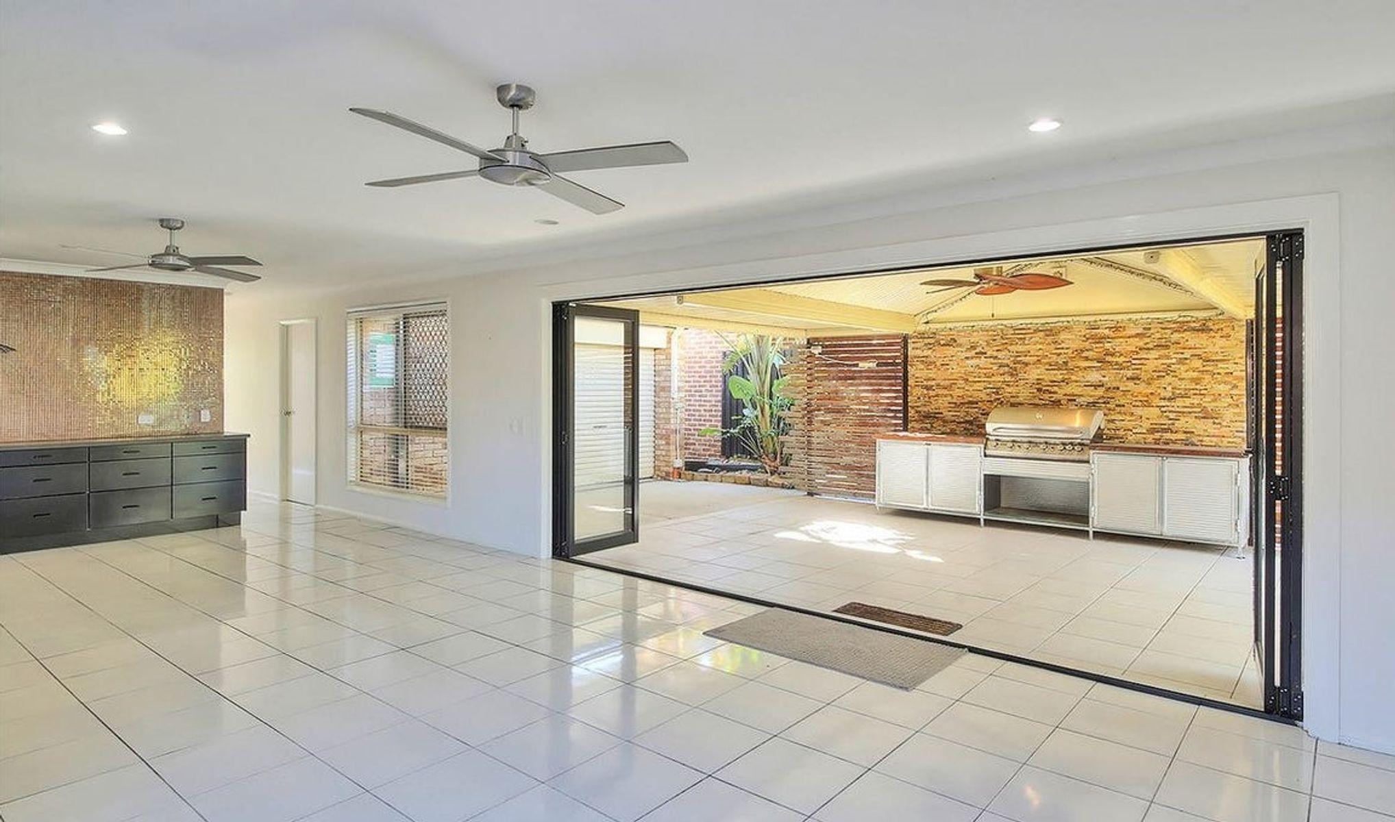 20 Cowper Place, Coopers Plains, QLD 4108