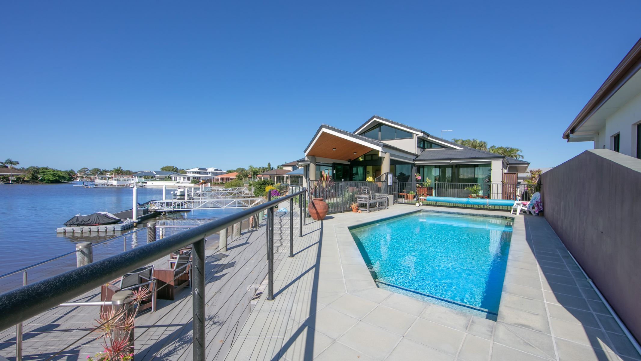 16 Edgewater Close, Yamba, NSW 2464
