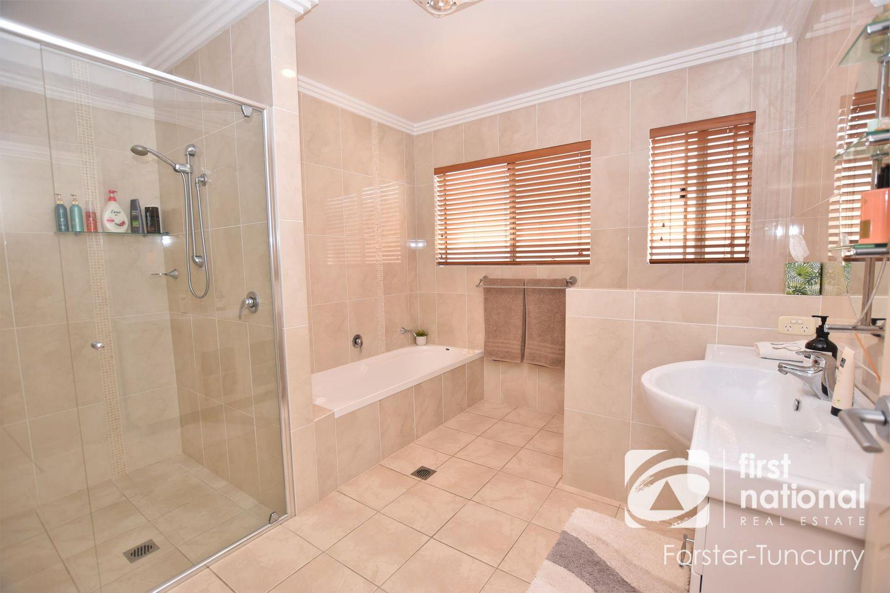 7 Leonardo Avenue, Forster, NSW 2428