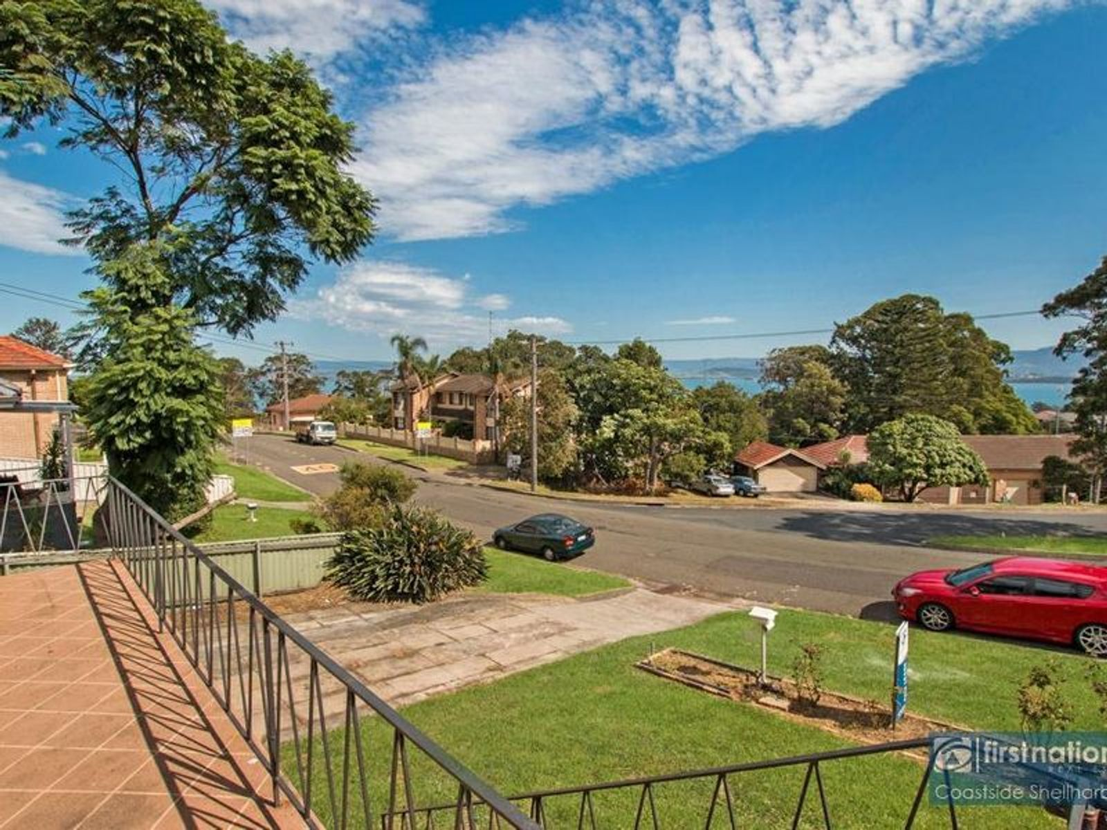 31 Buena Vista Avenue, Lake Heights, NSW 2502