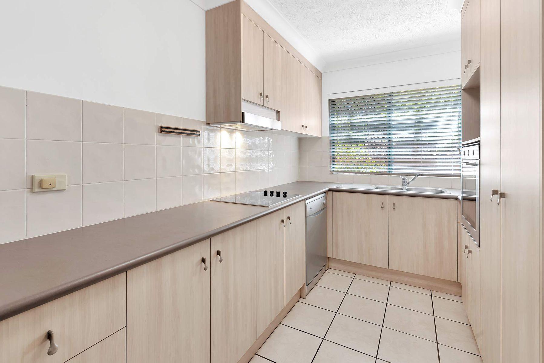 3/12 Gillian Lane, Southport, QLD 4215