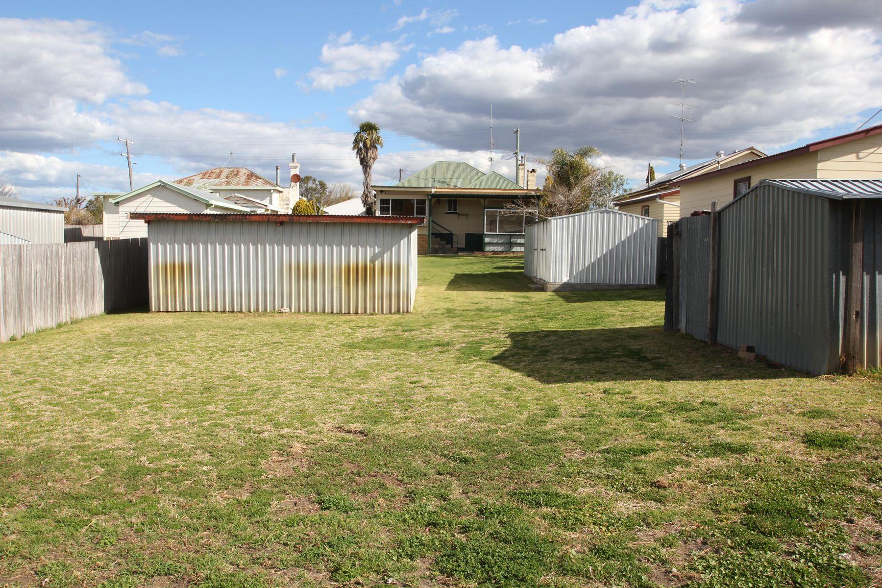 18 Molesworth Street, Tenterfield, NSW 2372