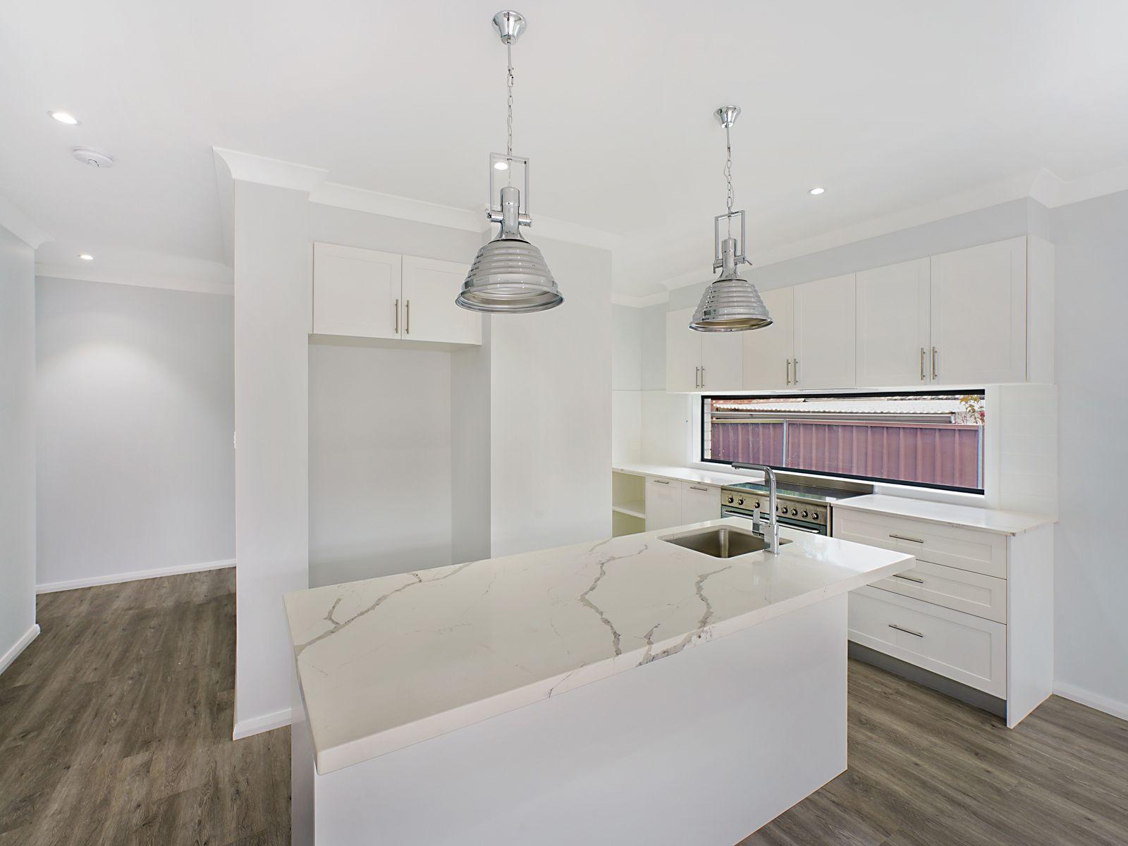 3 Alexander Avenue, Caves Beach, NSW 2281