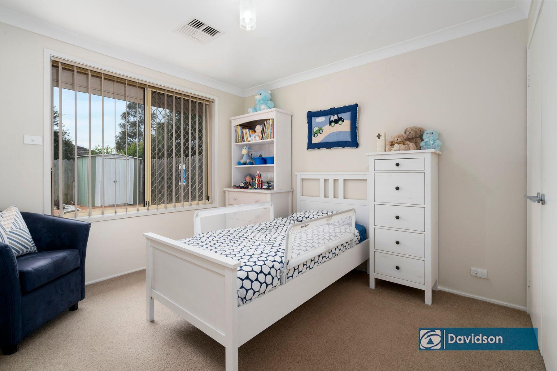 11 Stowe Court, Wattle Grove, NSW 2173
