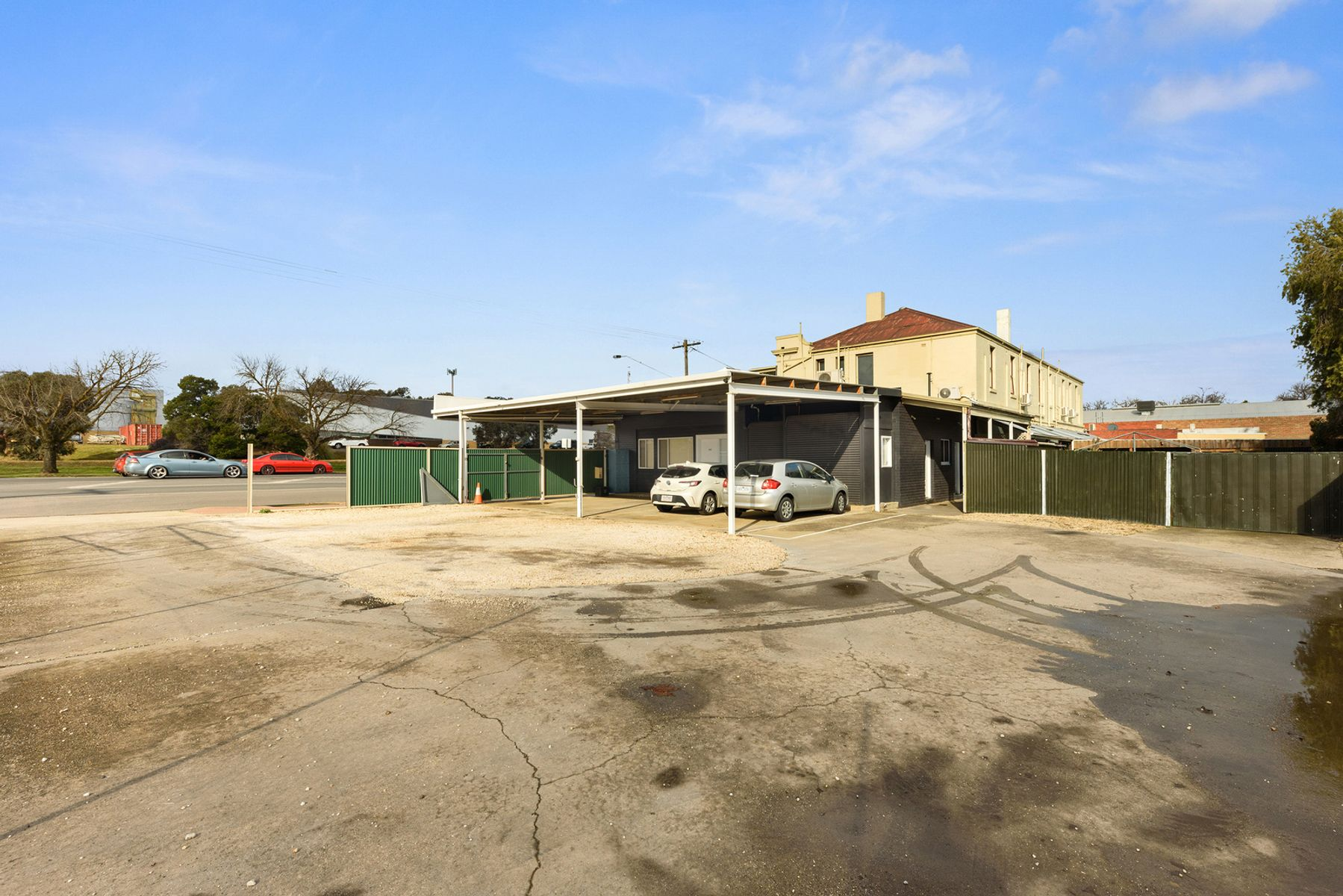 143 Charleston Road, East Bendigo, VIC 3550